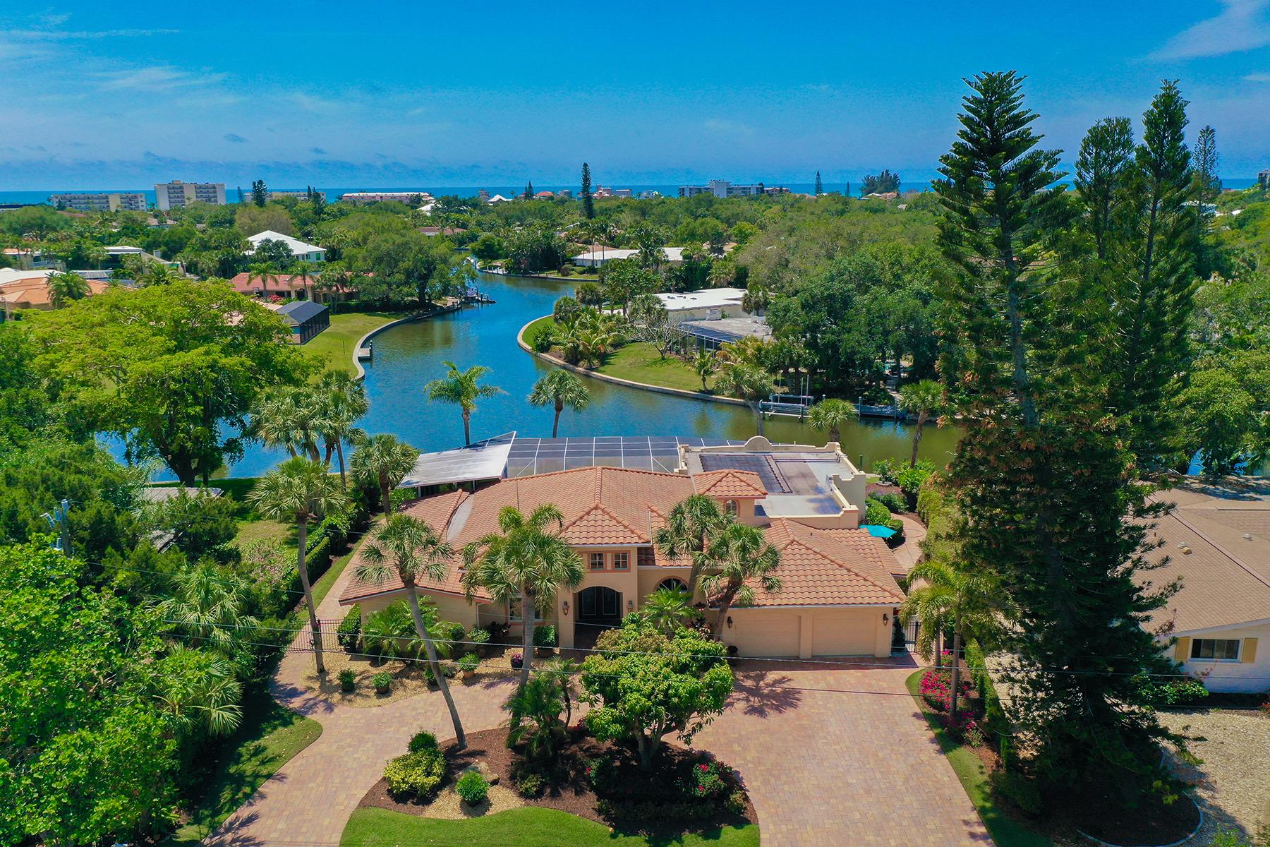 Single Family Homes für Verkauf beim SIESTA KEY 818 Paradise Way, Siesta Key, Florida 34242 Vereinigte Staaten
