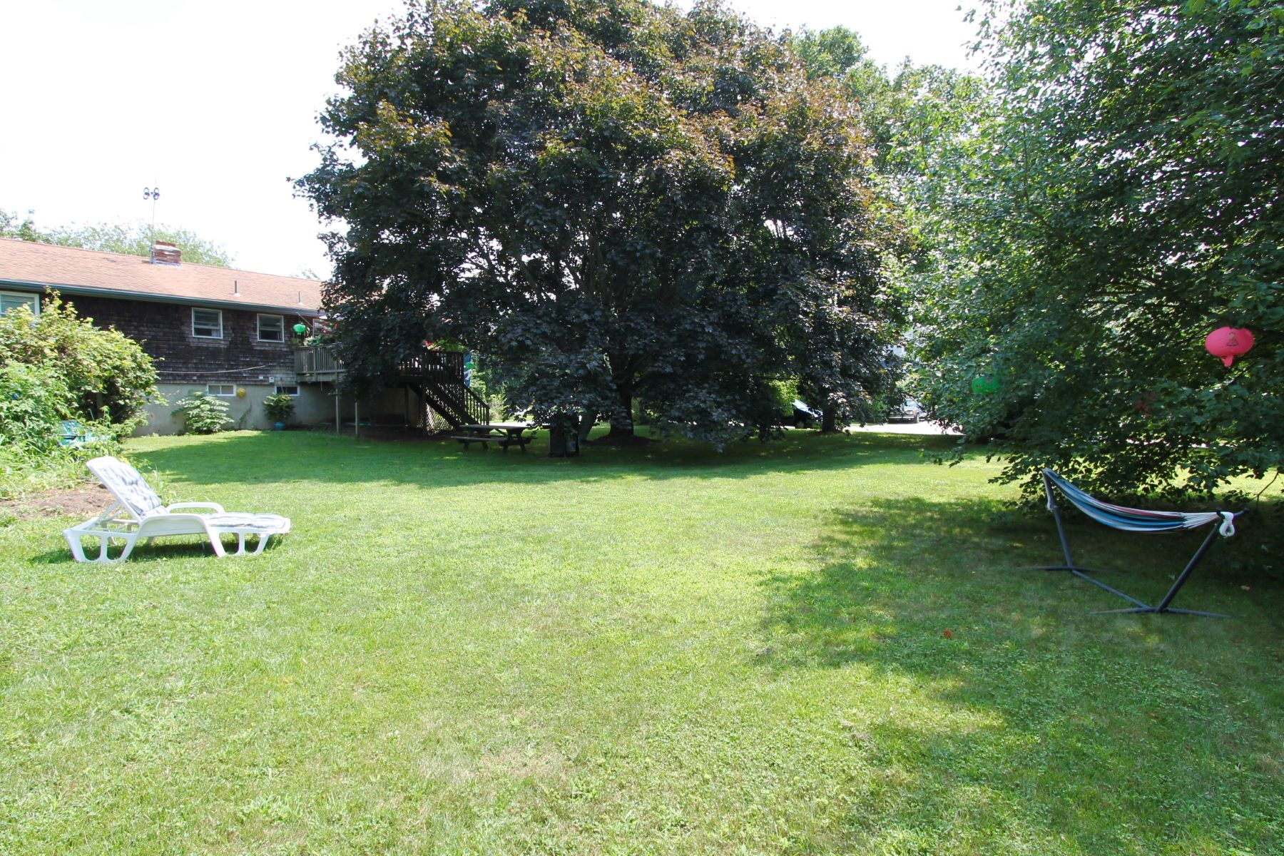Additional photo for property listing at 140 Indian Avenue Portsmouth, Rhode Island 02871 United States