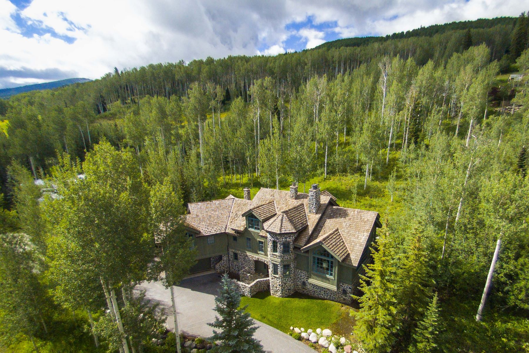 Casa Unifamiliar por un Venta en Great Location on Snowmass Mountain! 143 Aspen Way Snowmass Village, Colorado, 81615 Estados Unidos