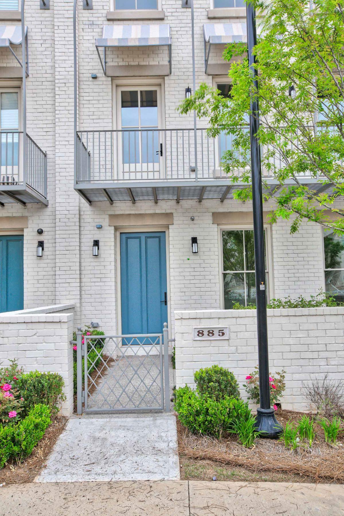 Maison unifamiliale pour l à louer à Avalon Lease Row Home 885 3rd Street Alpharetta, Georgia 30009 États-Unis