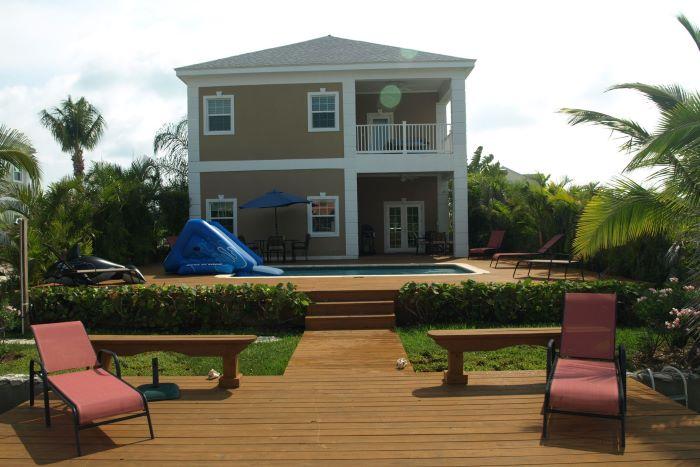 Royal Palm Cay #7, Sandyport
