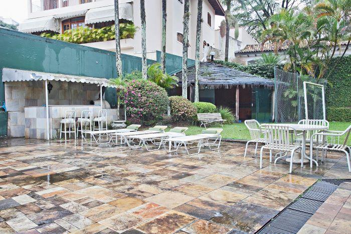 Mansion near Palácio dos Bandeirantes