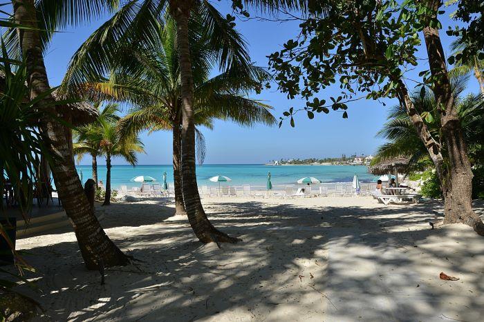 Club Villas conform into a Caribbean influenced architecture