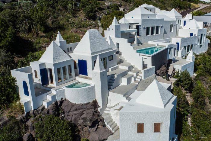 Villa Los Leones