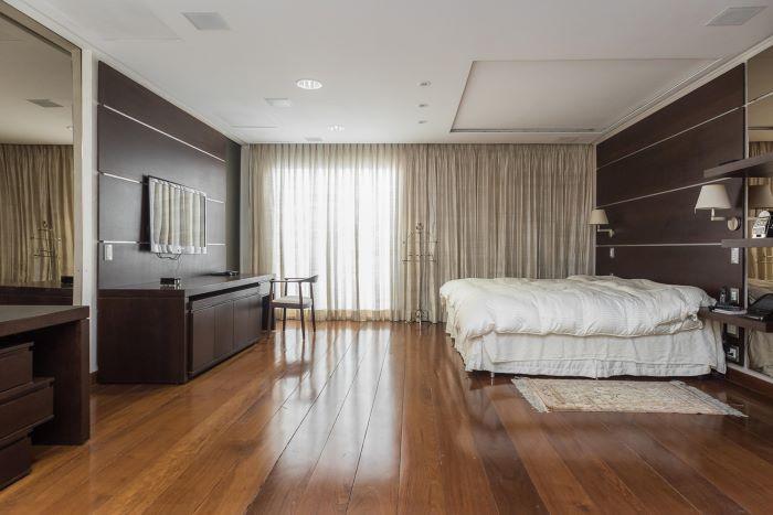 Remodeled Penthouse at Jardim América Neighborhood
