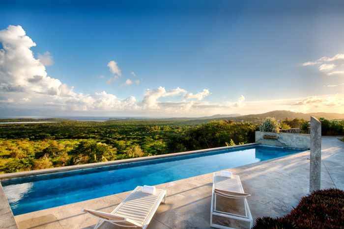 Bluffside Vieques Island Marvel