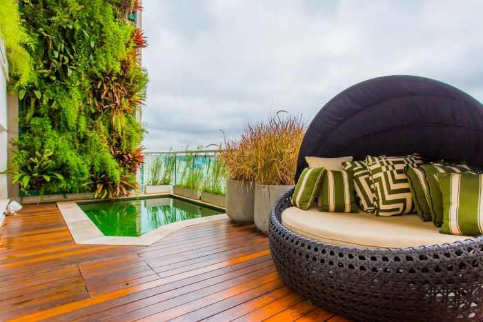 Penthouse with a Vertical Garden and a Pool