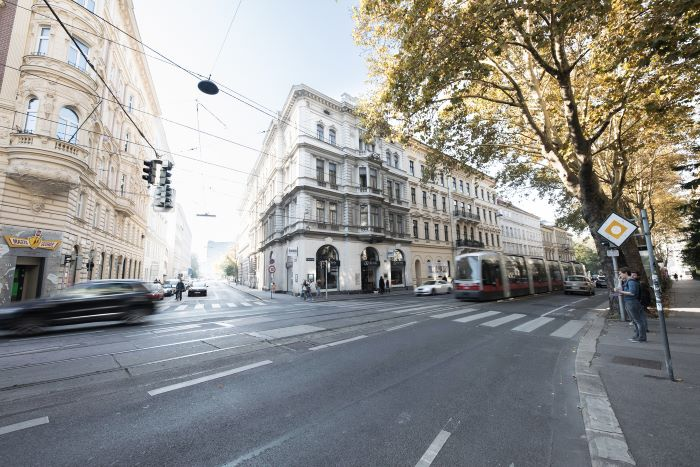 2 bed Penthouse in Viennese Palais