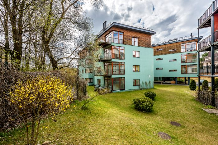Luxury Apartment In Zverynas With Charming Views To The Neris River