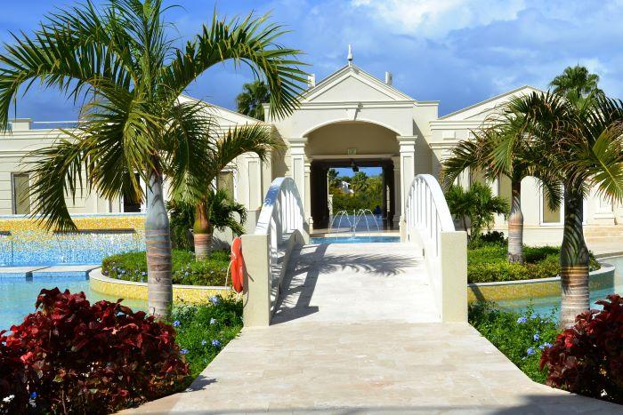 The Atrium Resort - Suite R3-6