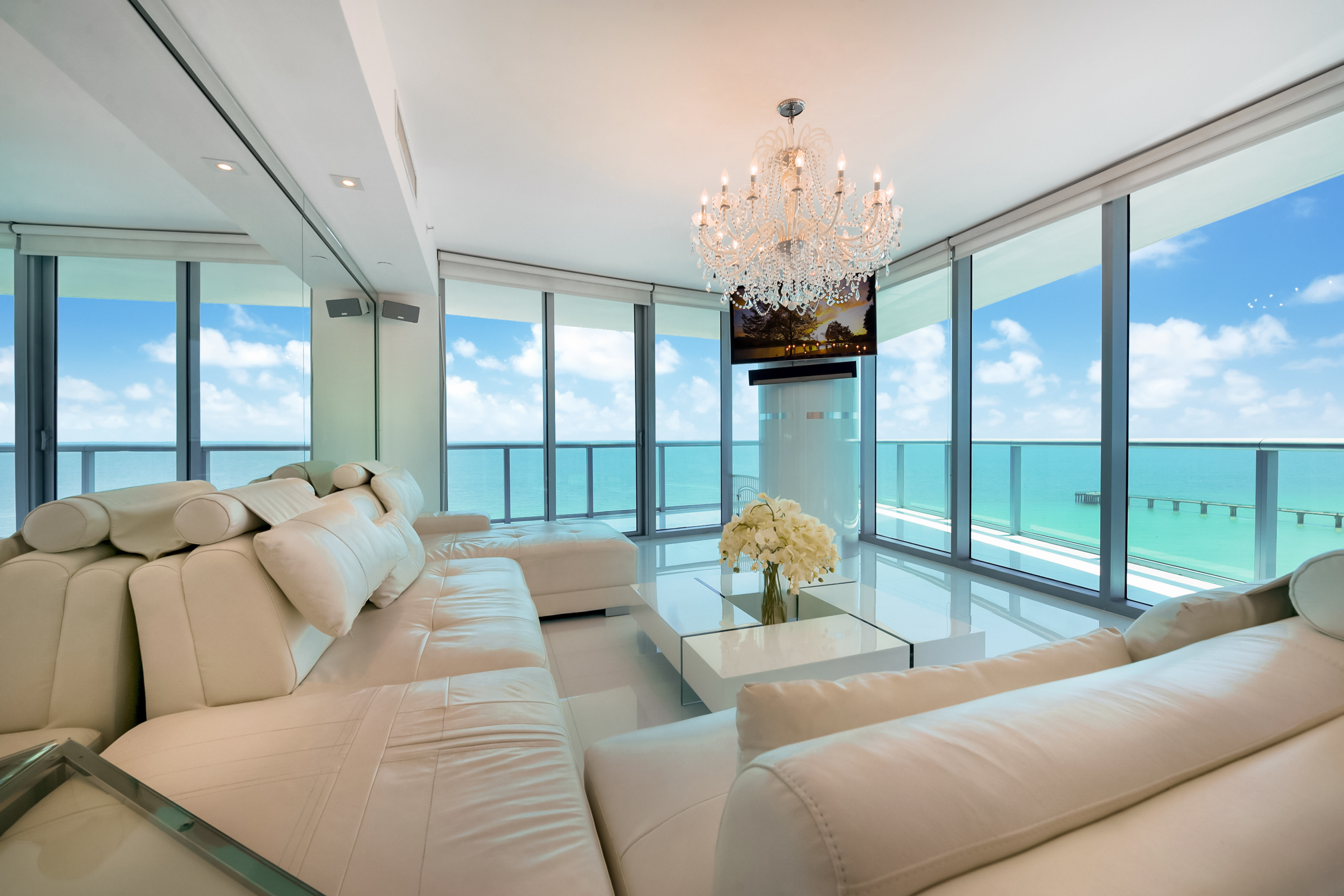 rentals property at 17001 Collins Ave #1501