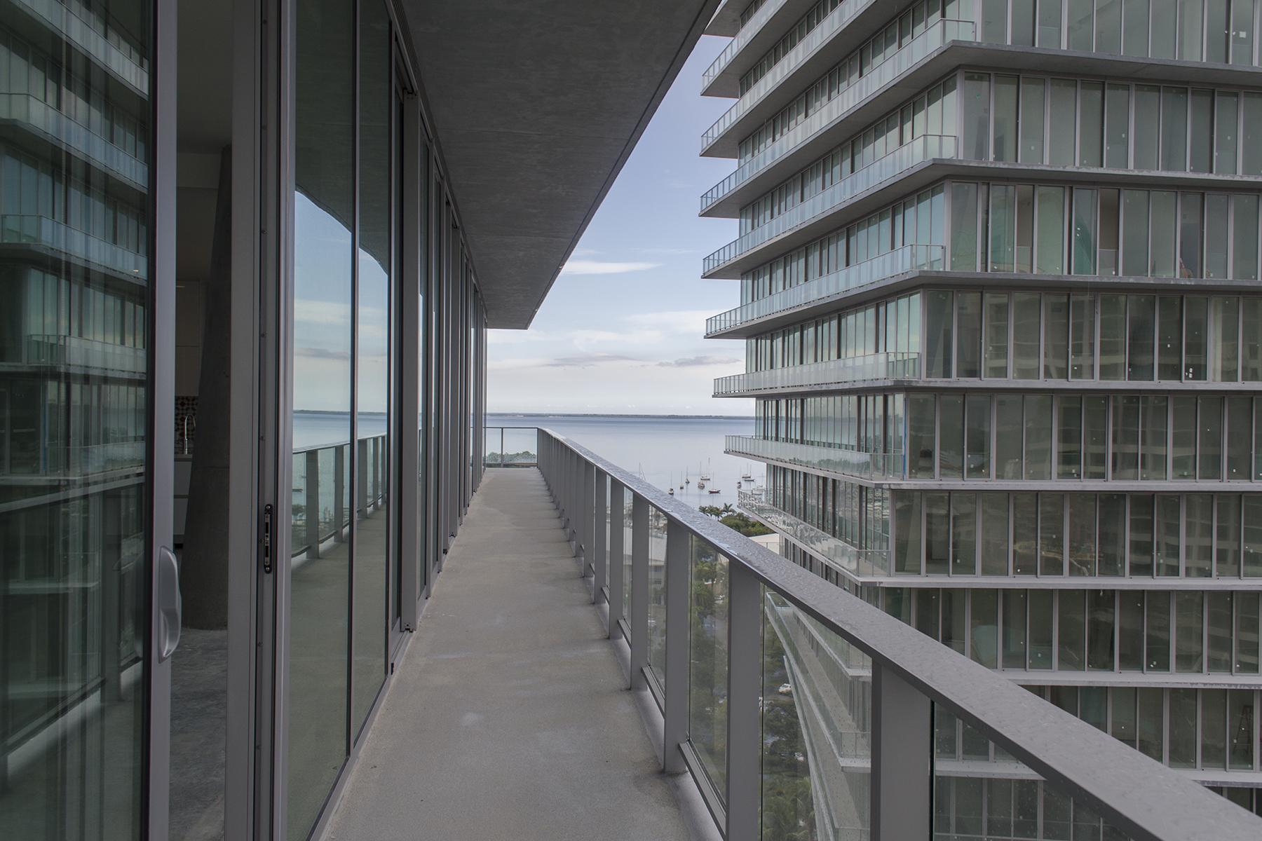 Condomínio para Venda às 2669 S Bayshore Drive #1401-N 2669 S Bayshore Drive 1401-N Miami, Florida, 33133 Estados Unidos