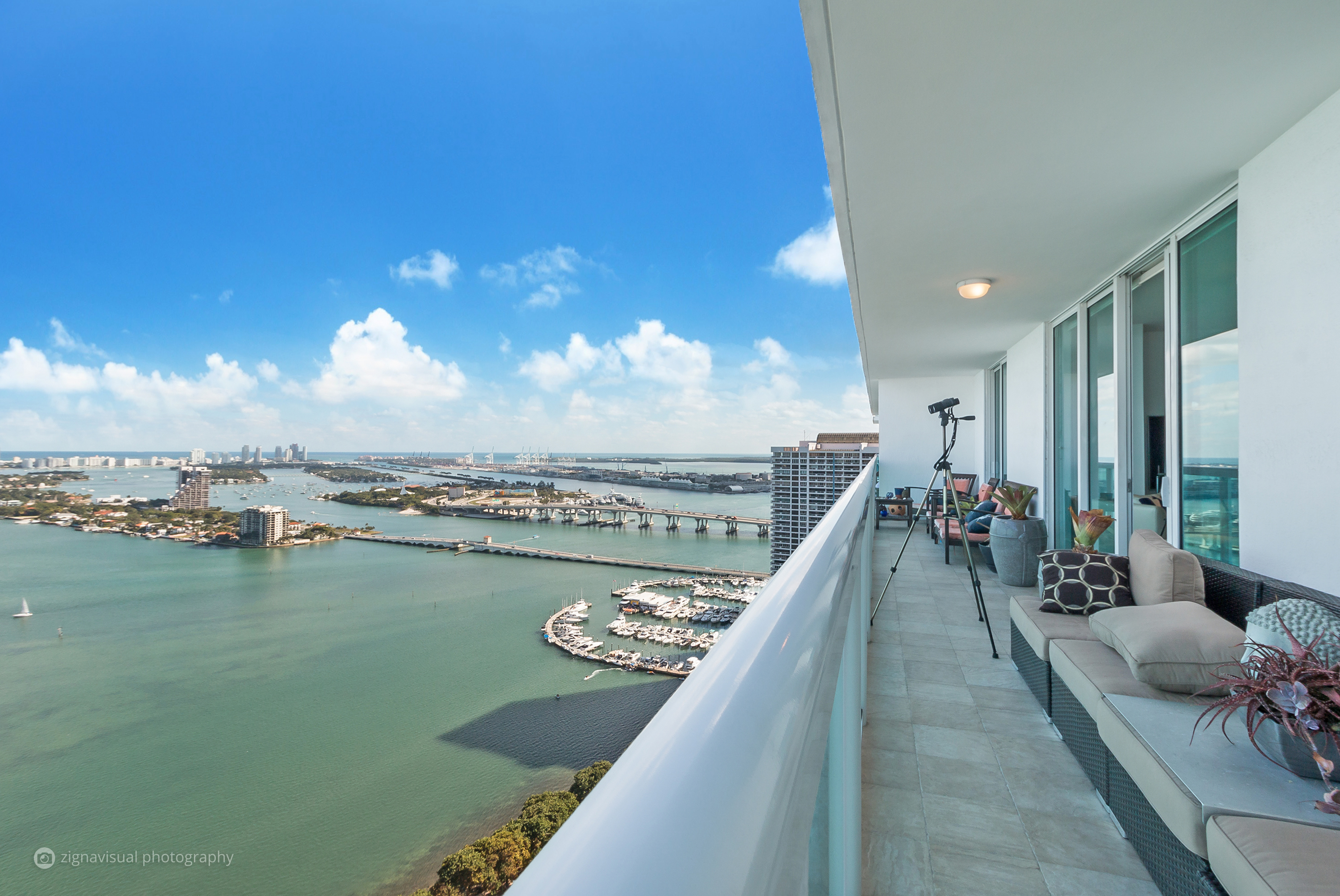 Condominium for Sale at 1800 N Bayshore Dr #3907 1800 N Bayshore Dr 3907 Miami, Florida, 33132 United States