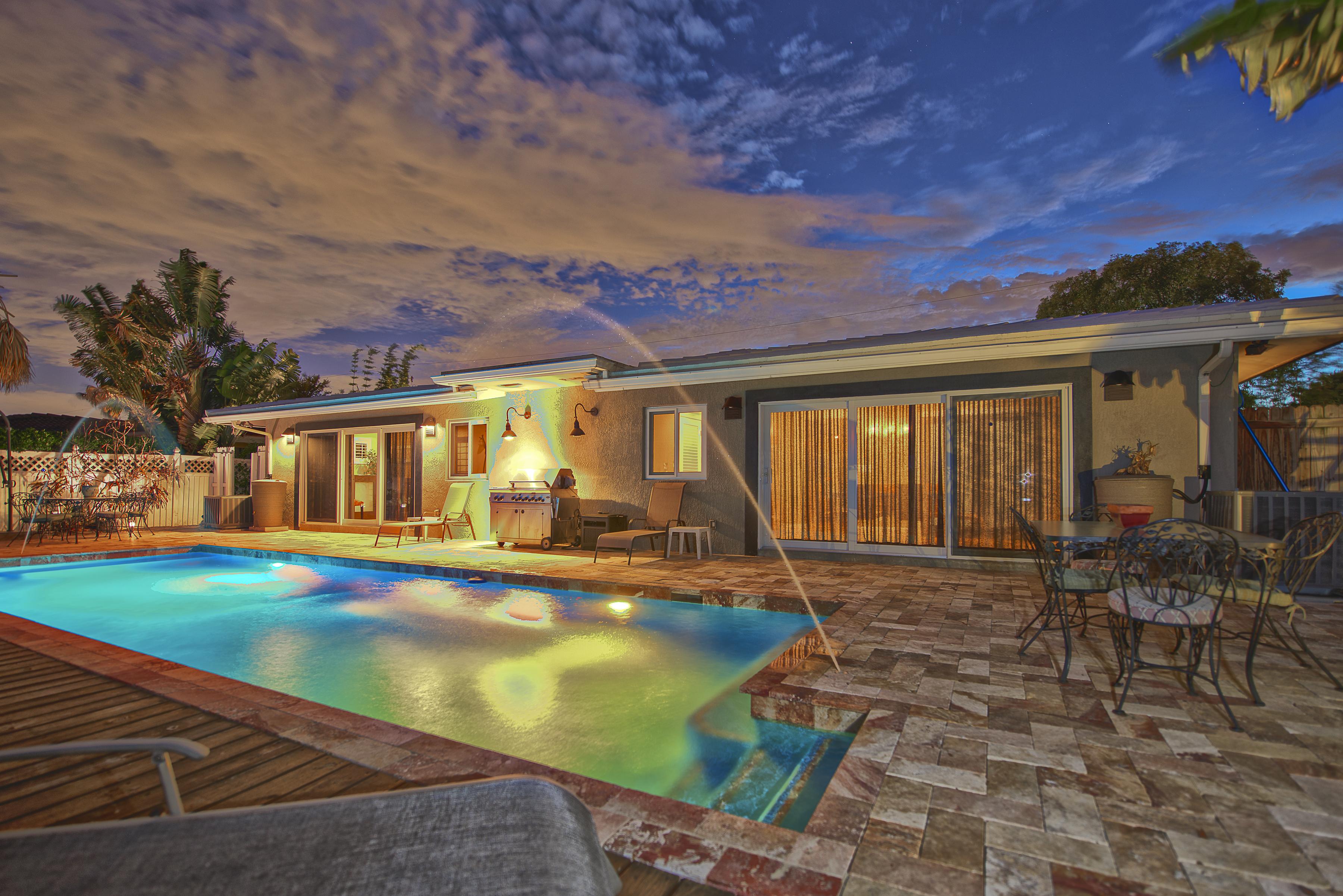 Dubleks için Satış at 2512 Ne 17th Ter Wilton Manors, Florida, 33305 Amerika Birleşik Devletleri