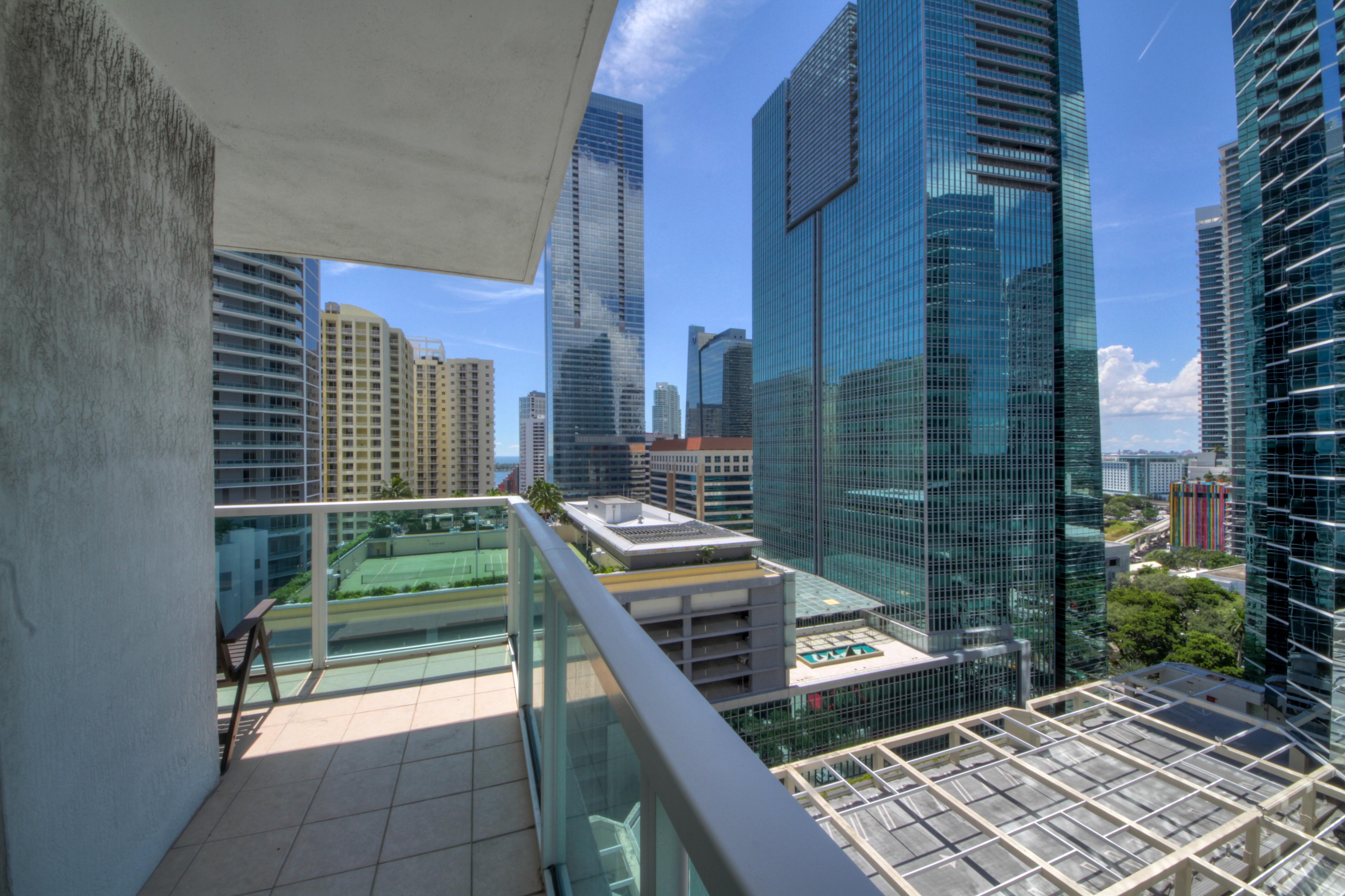Condominium for Sale at 186 Se 12 Te #1704 186 Se 12 Te 1704 Miami, Florida, 33131 United States