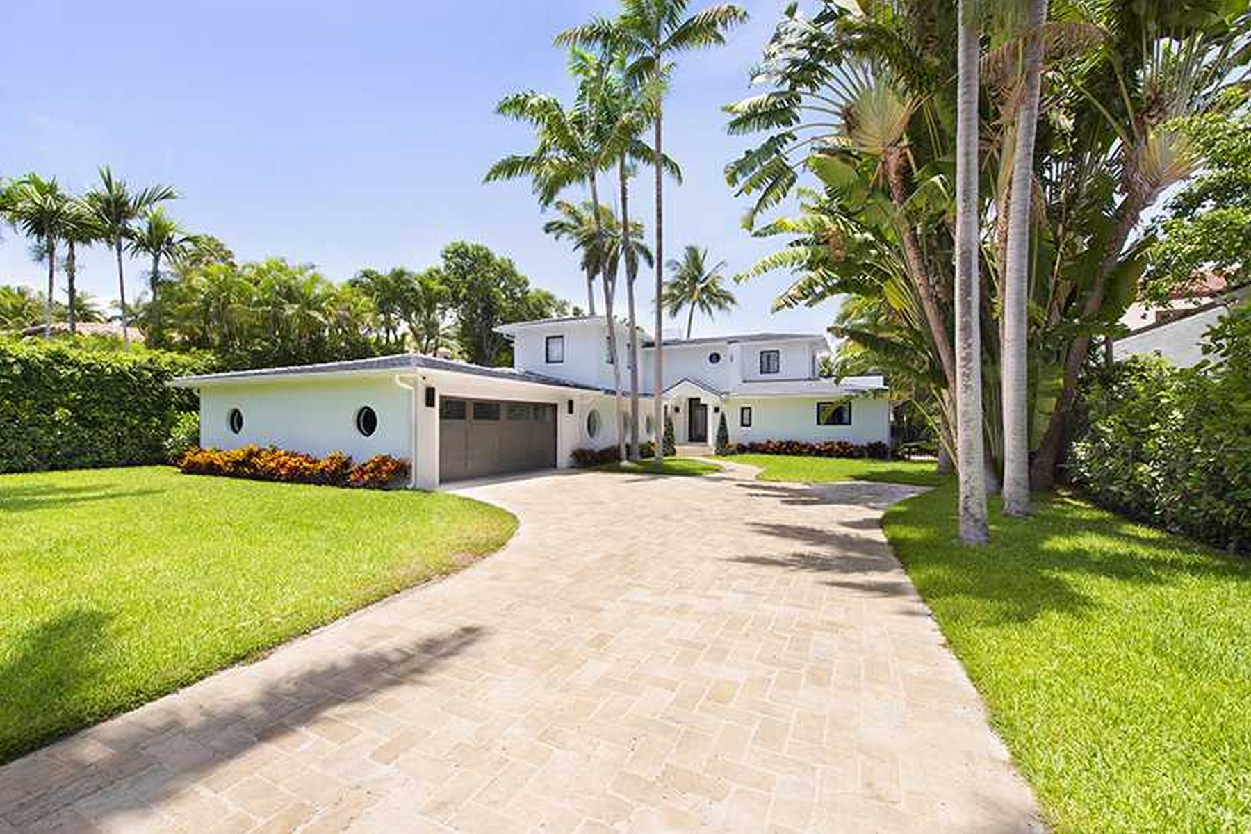 Single Family Home for Sale at 1611 W 24 ST Miami Beach, Florida, 33140 United States