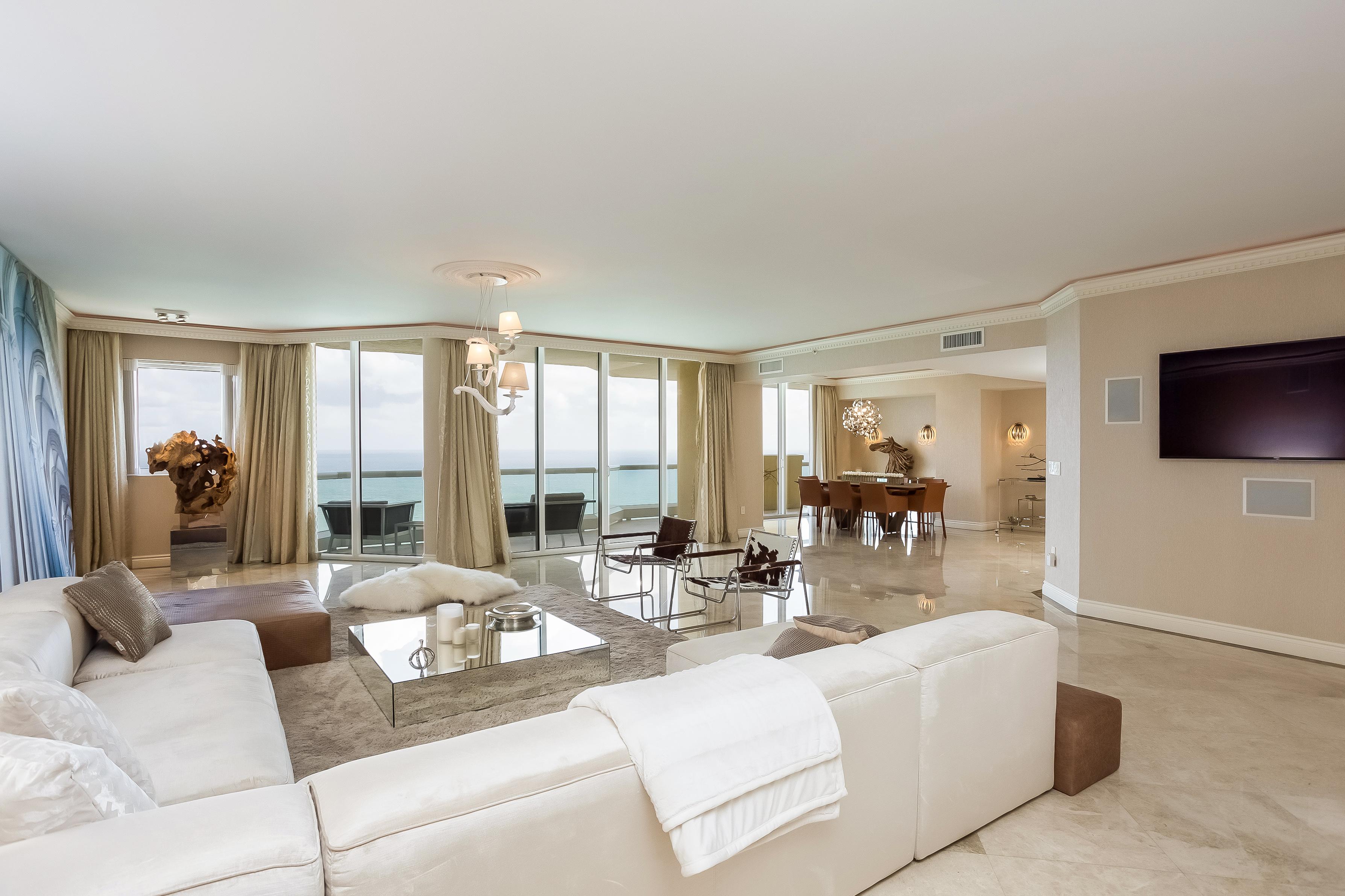 Кондоминиум для того Продажа на 17875 Collins Av #3703 17875 Collins Av 3703 Sunny Isles Beach, Флорида, 33160 Соединенные Штаты