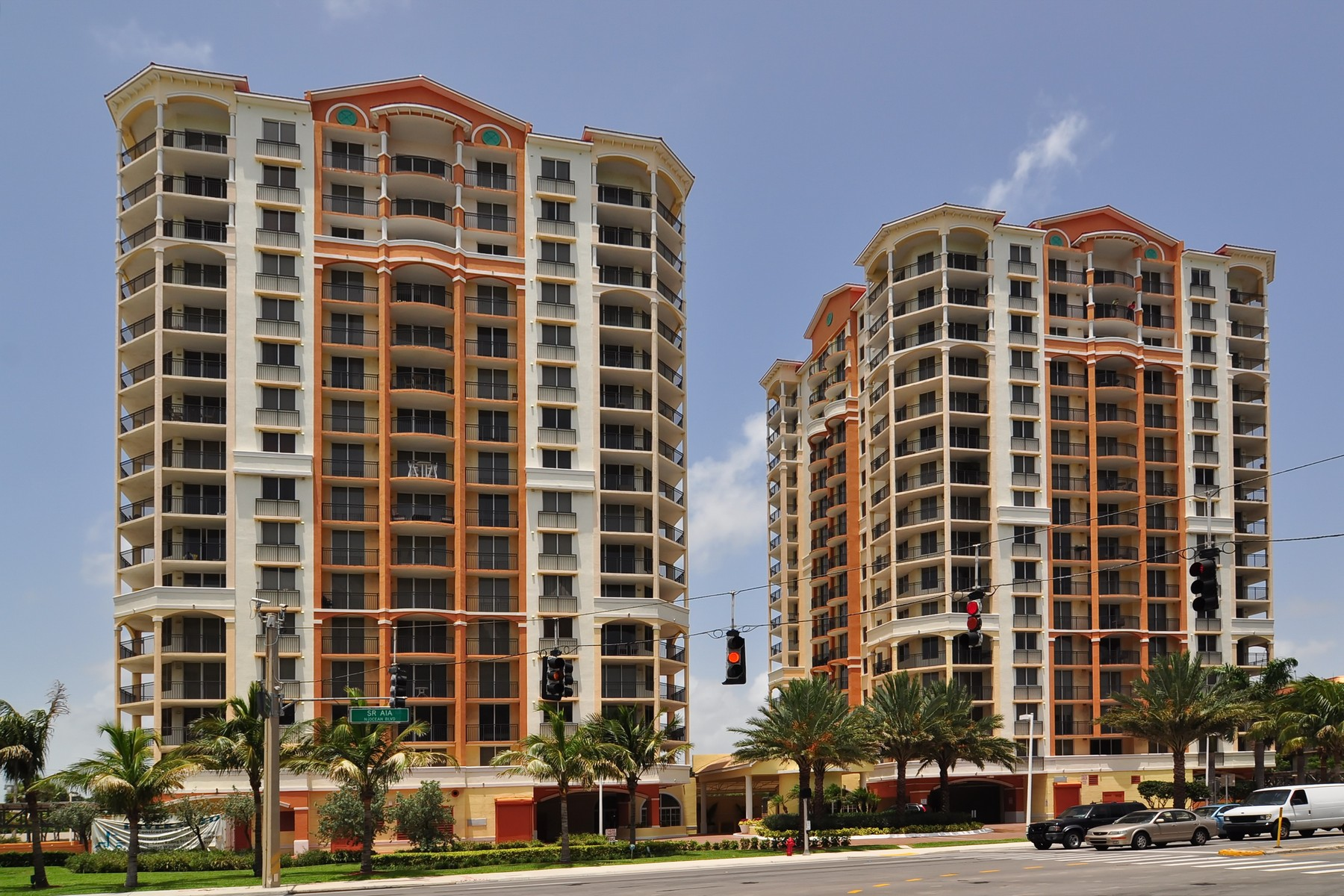 rentals property at 2001 N Ocean Blvd #604