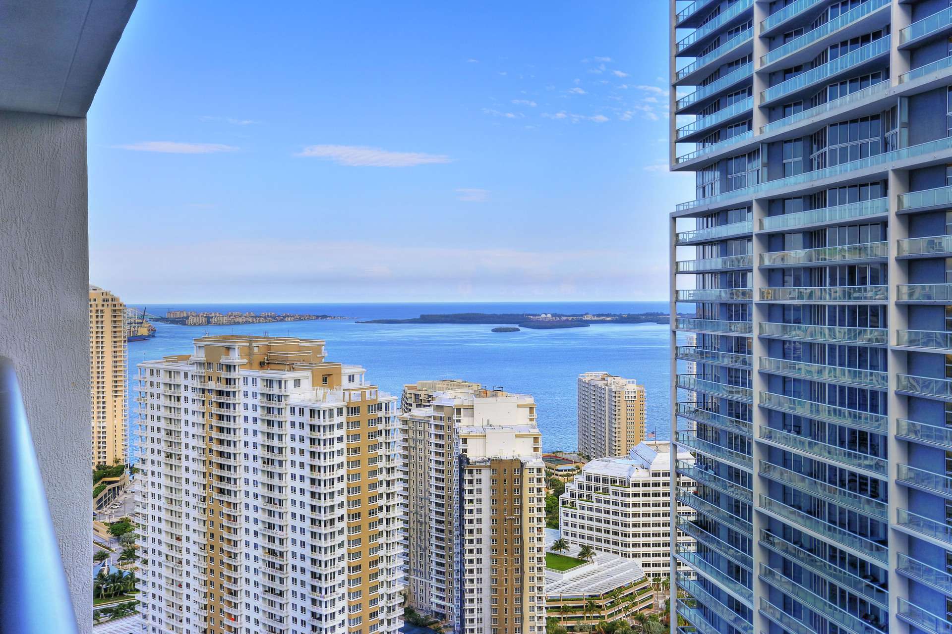 sales property at 475 Brickell Ave #3713