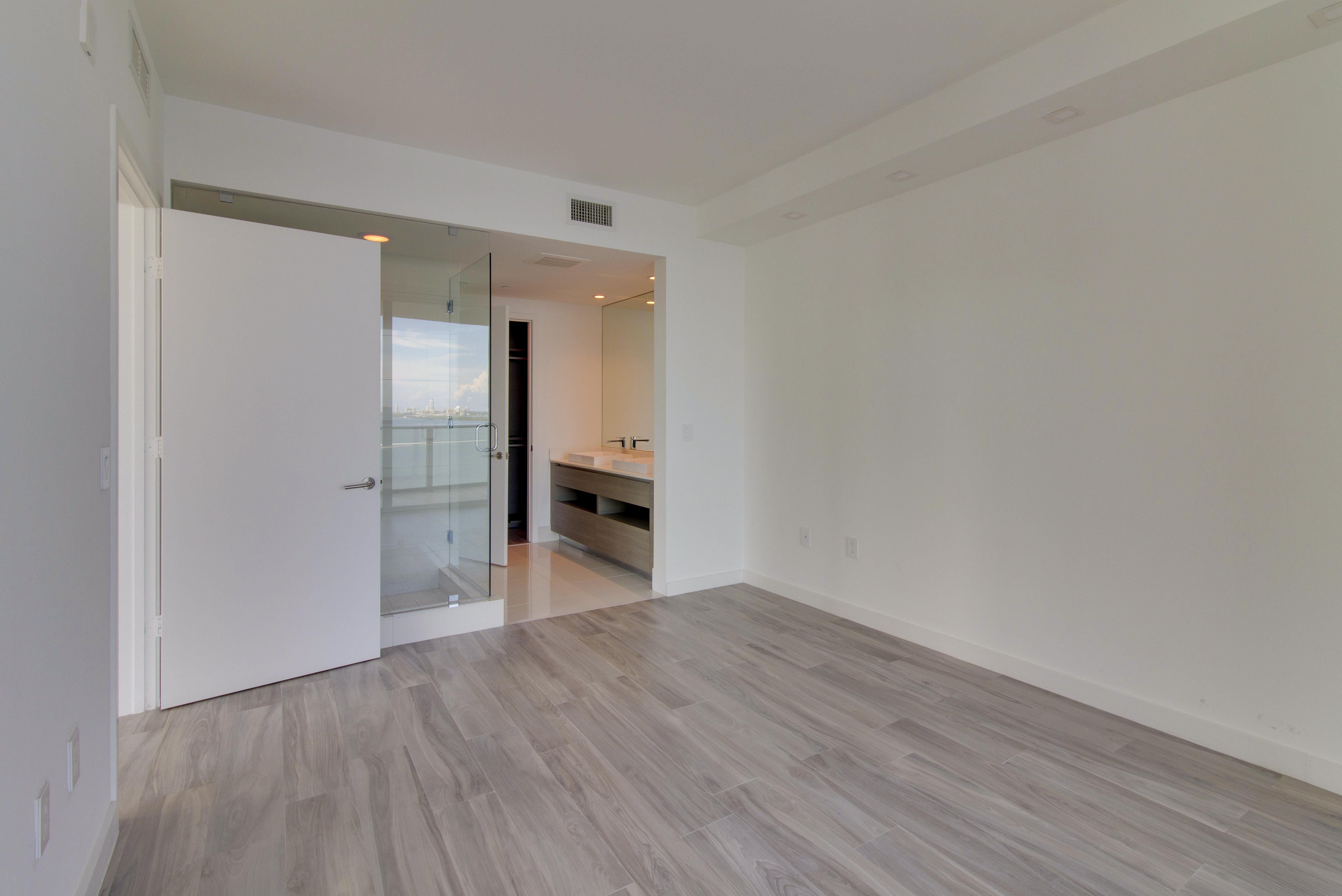 Property Of 460 Ne 28th St #1508