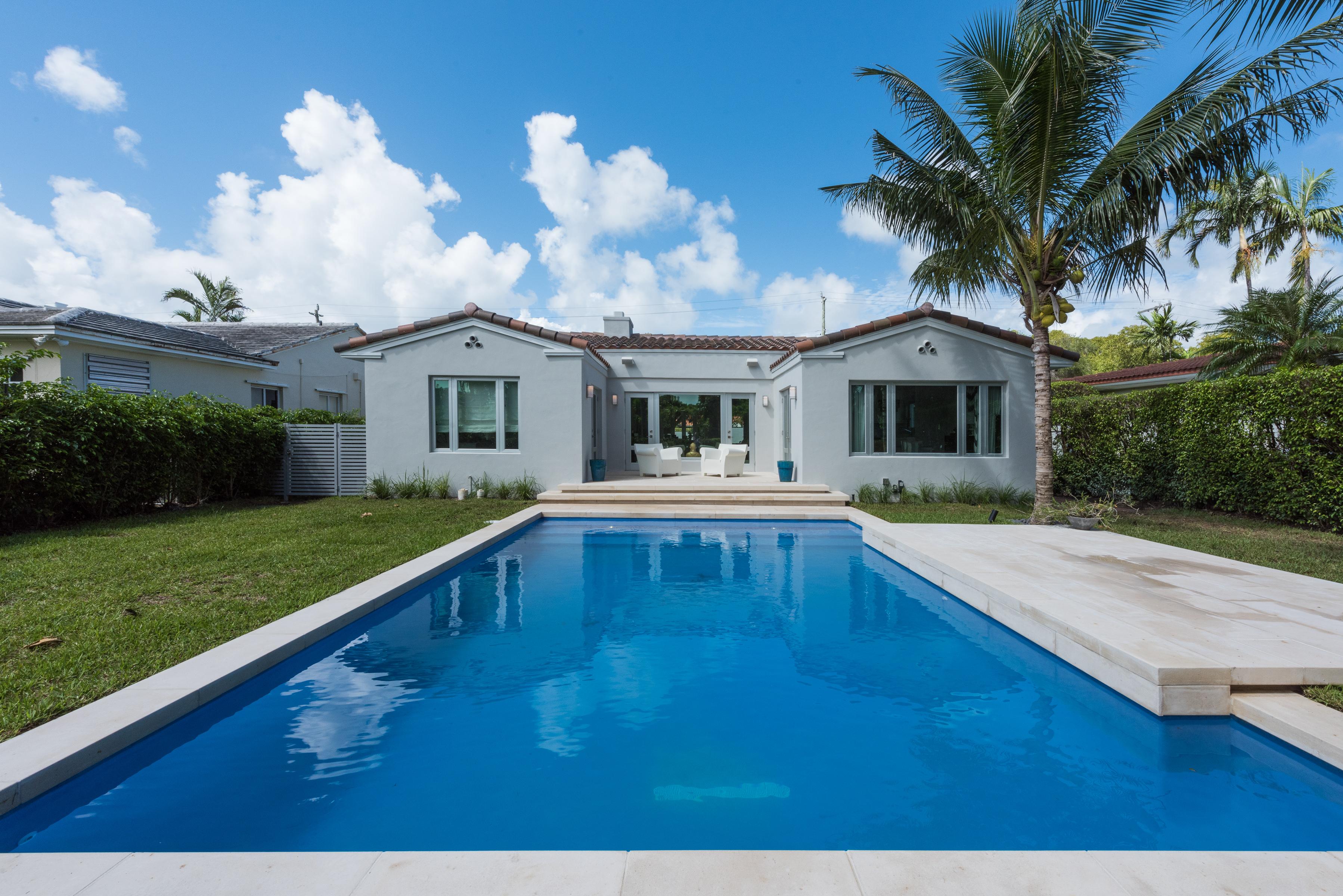 Casa para uma família para Venda às 5327 Alton Rd Miami Beach, Florida, 33140 Estados Unidos