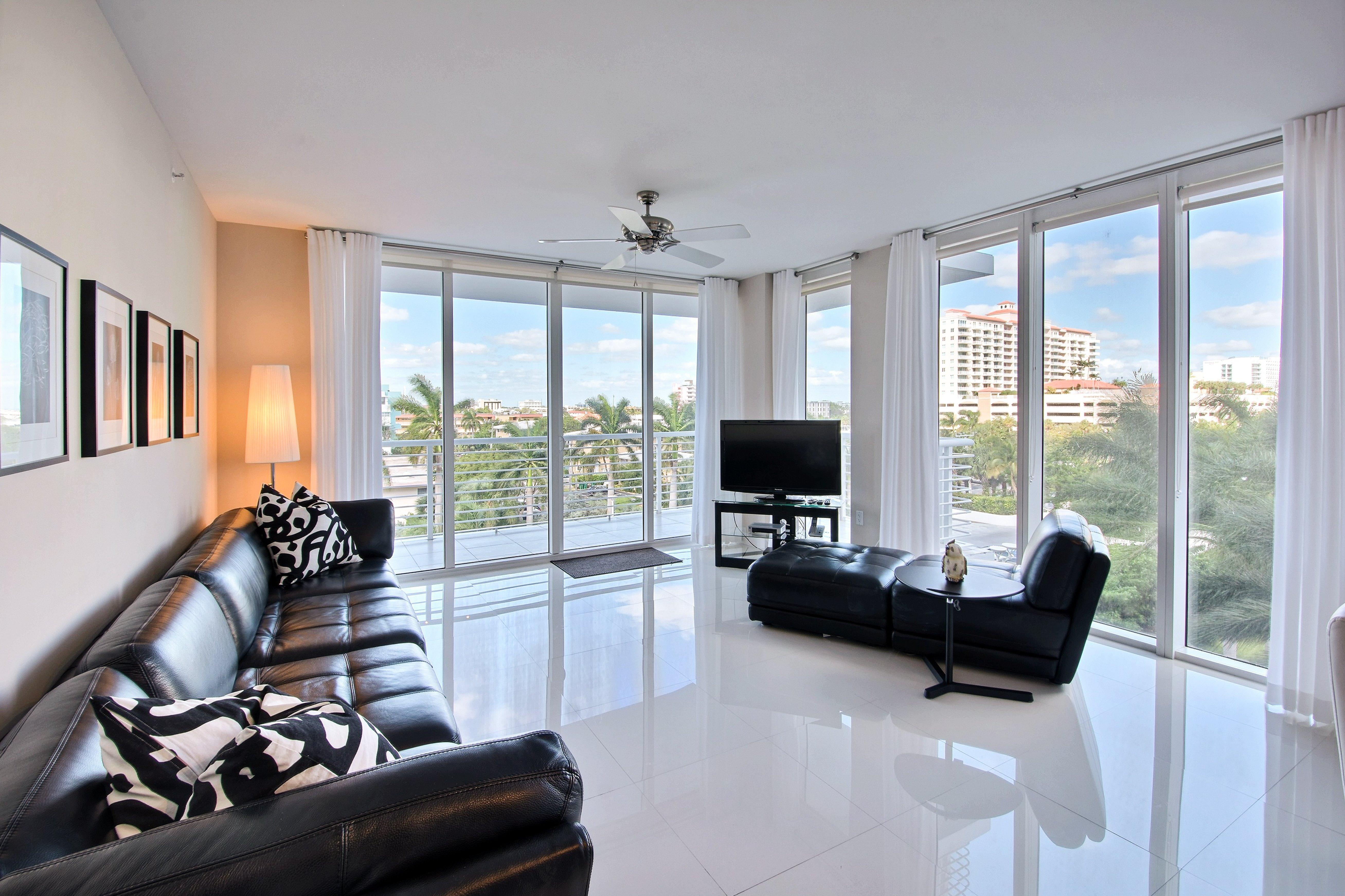 公寓 为 销售 在 2831 N Ocean Blvd #401N 2831 N Ocean Blvd 401N 劳德代尔堡, 佛罗里达州, 33308 美国