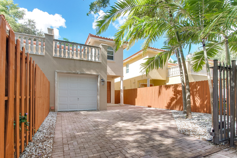 タウンハウス のために 売買 アット 3036 Allamanda St #3036 3036 Allamanda St 3036 Miami, フロリダ, 33133 アメリカ合衆国
