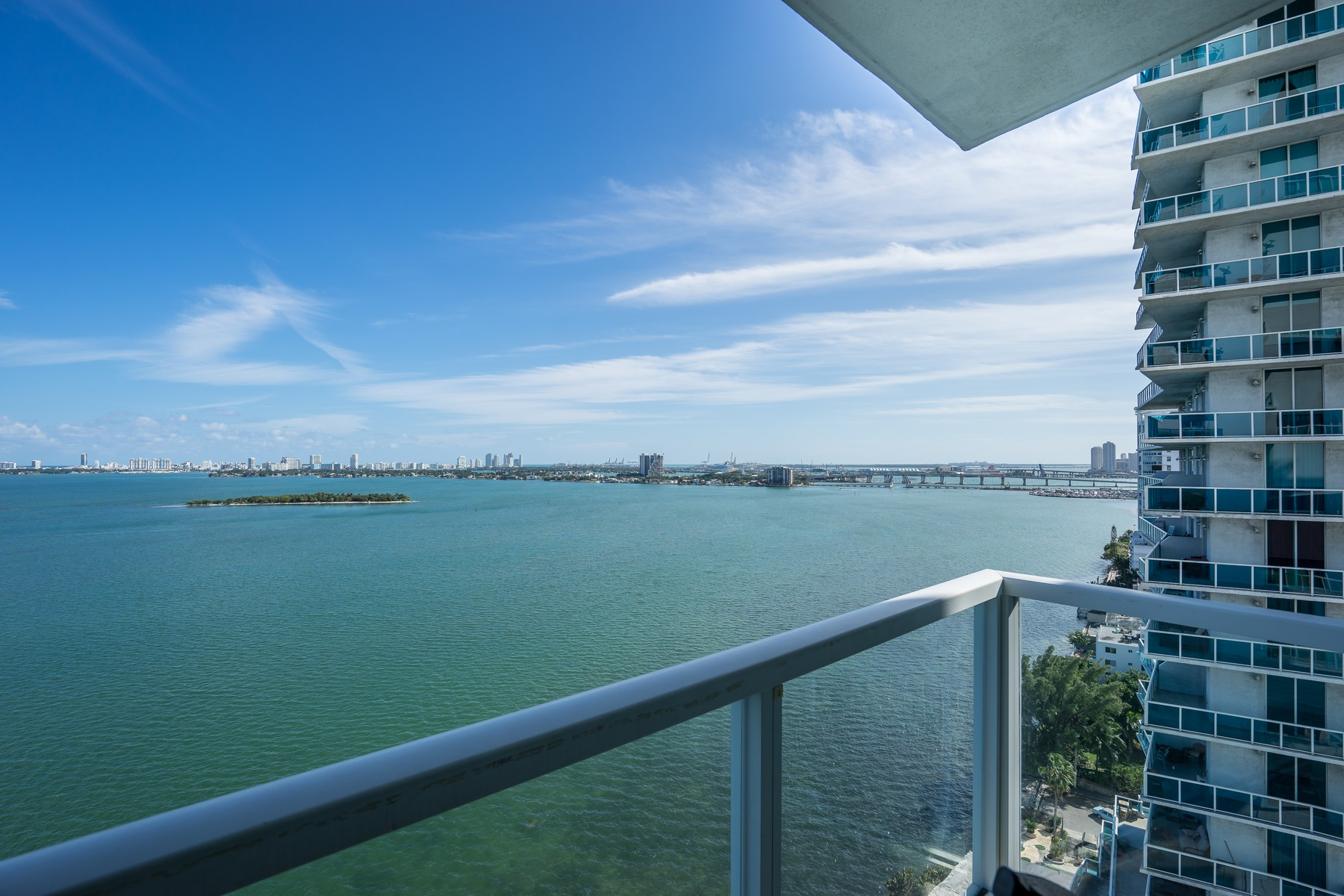 Condominium for Sale at Onyx On The Bay 665 Ne 25th St 1602 Miami, Florida, 33137 United States