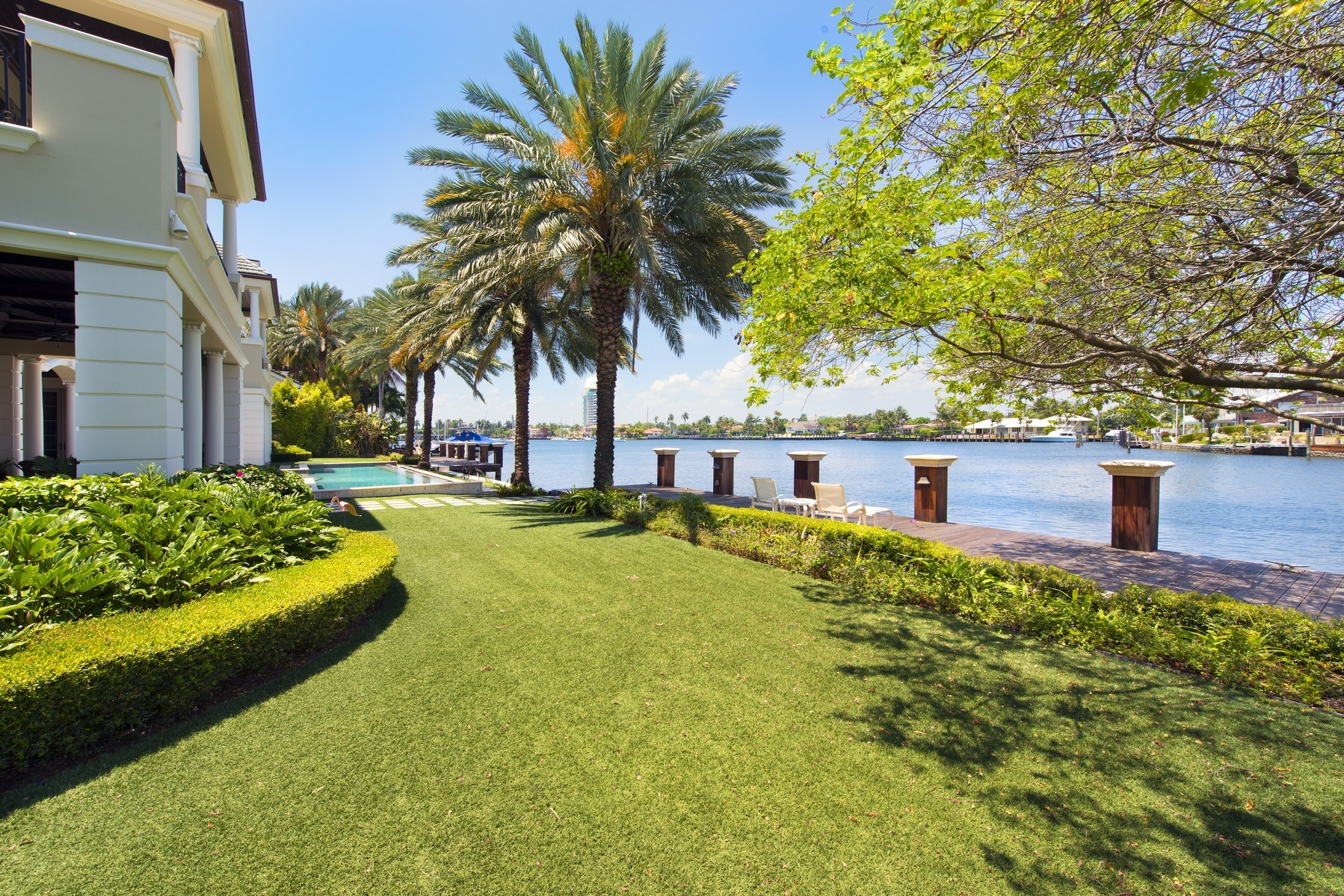 sales property at Harbor Beach