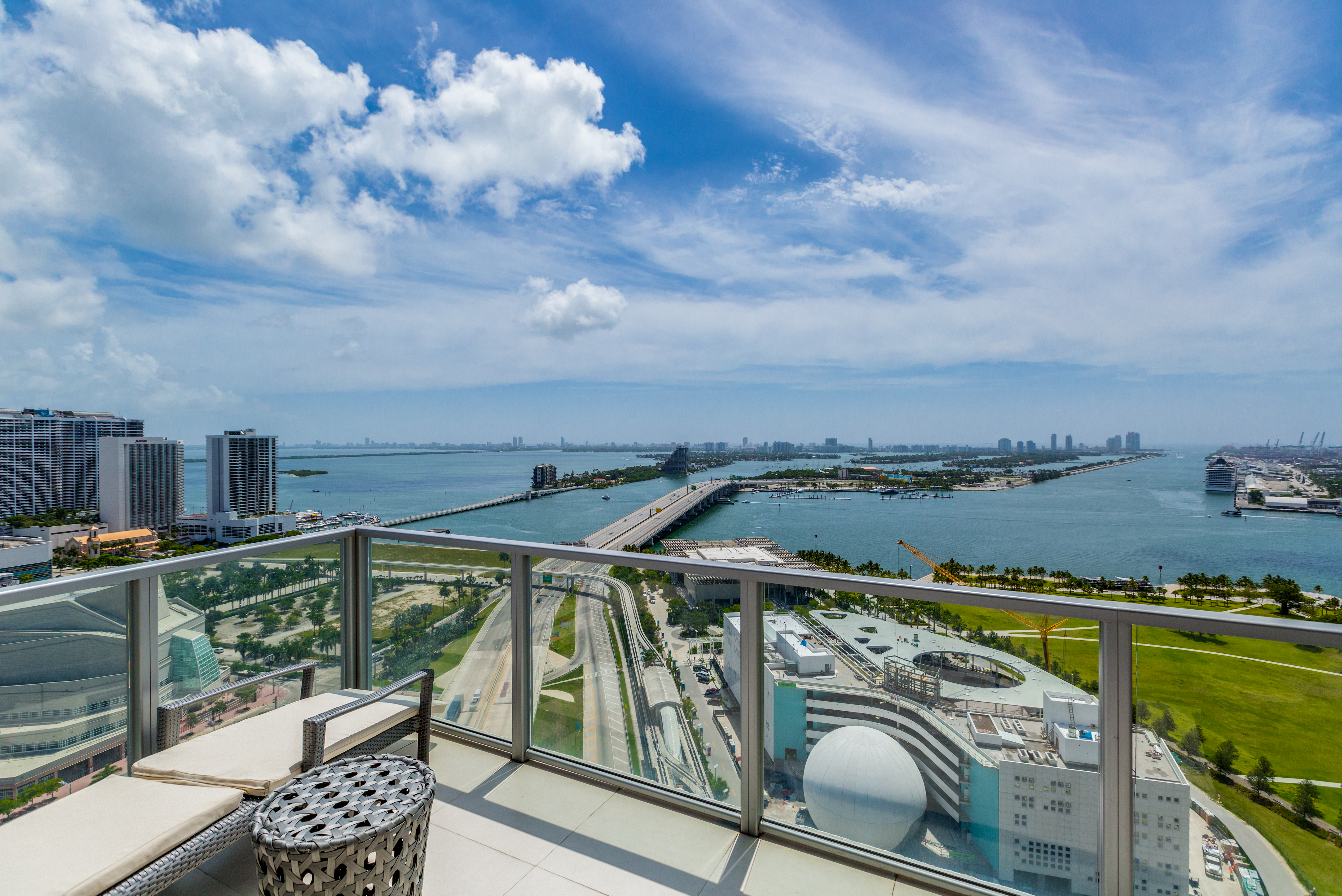 sales property at 1100 Biscayne Blvd # 2907