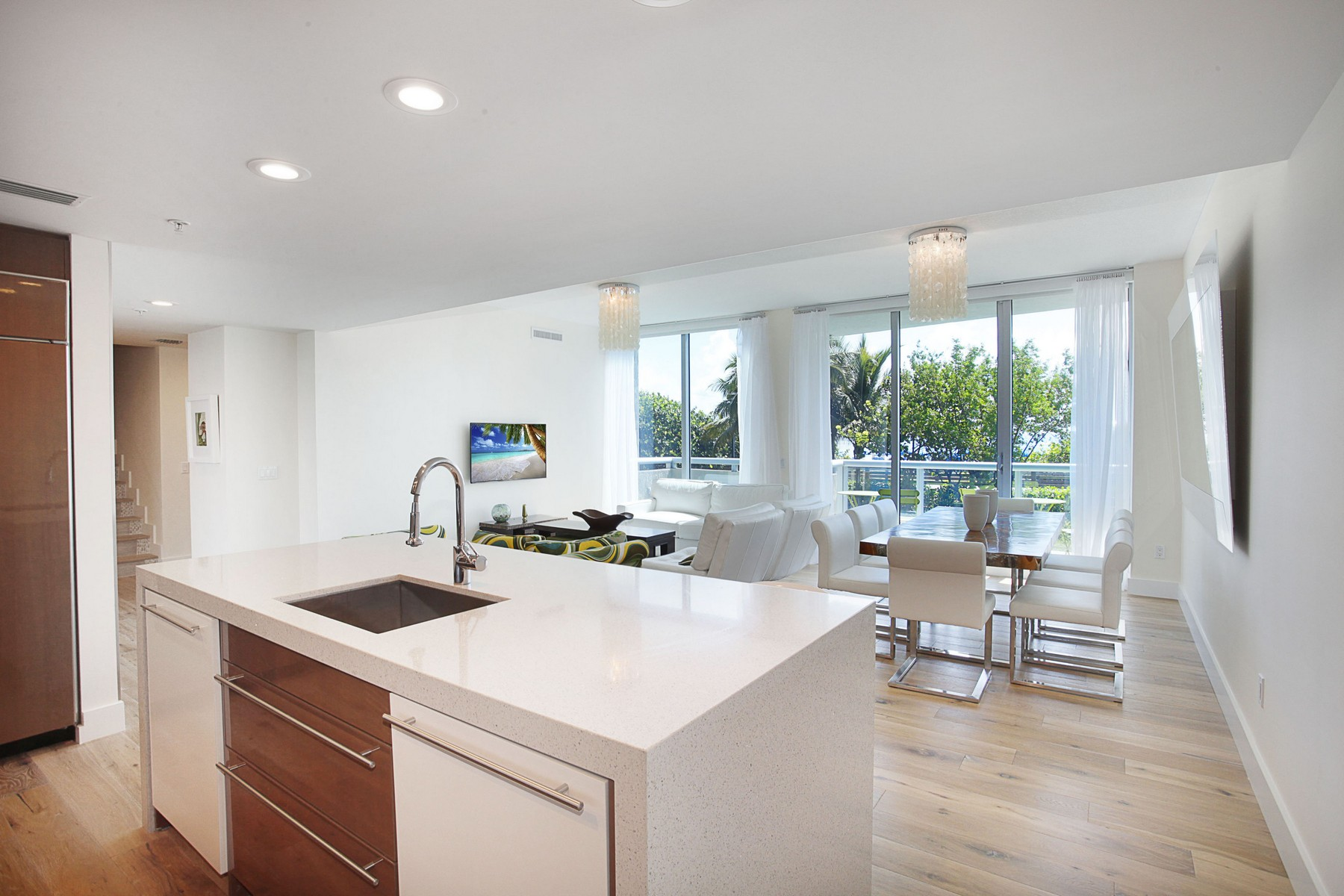 Condominium for Sale at 3801 Collins Ave # TH-2 3801 Collins Av TH-2 Miami Beach, Florida, 33140 United States