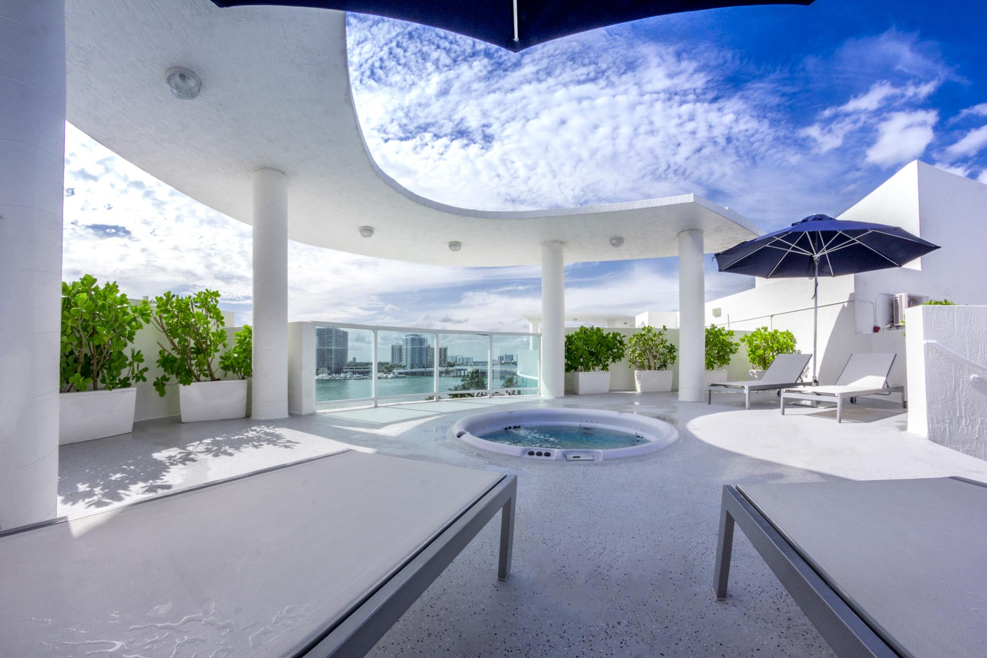 Condominium for Sale at 1910 Bay Dr Unit PH02 1910 Bay Dr PH 2 Miami Beach, Florida, 33141 United States