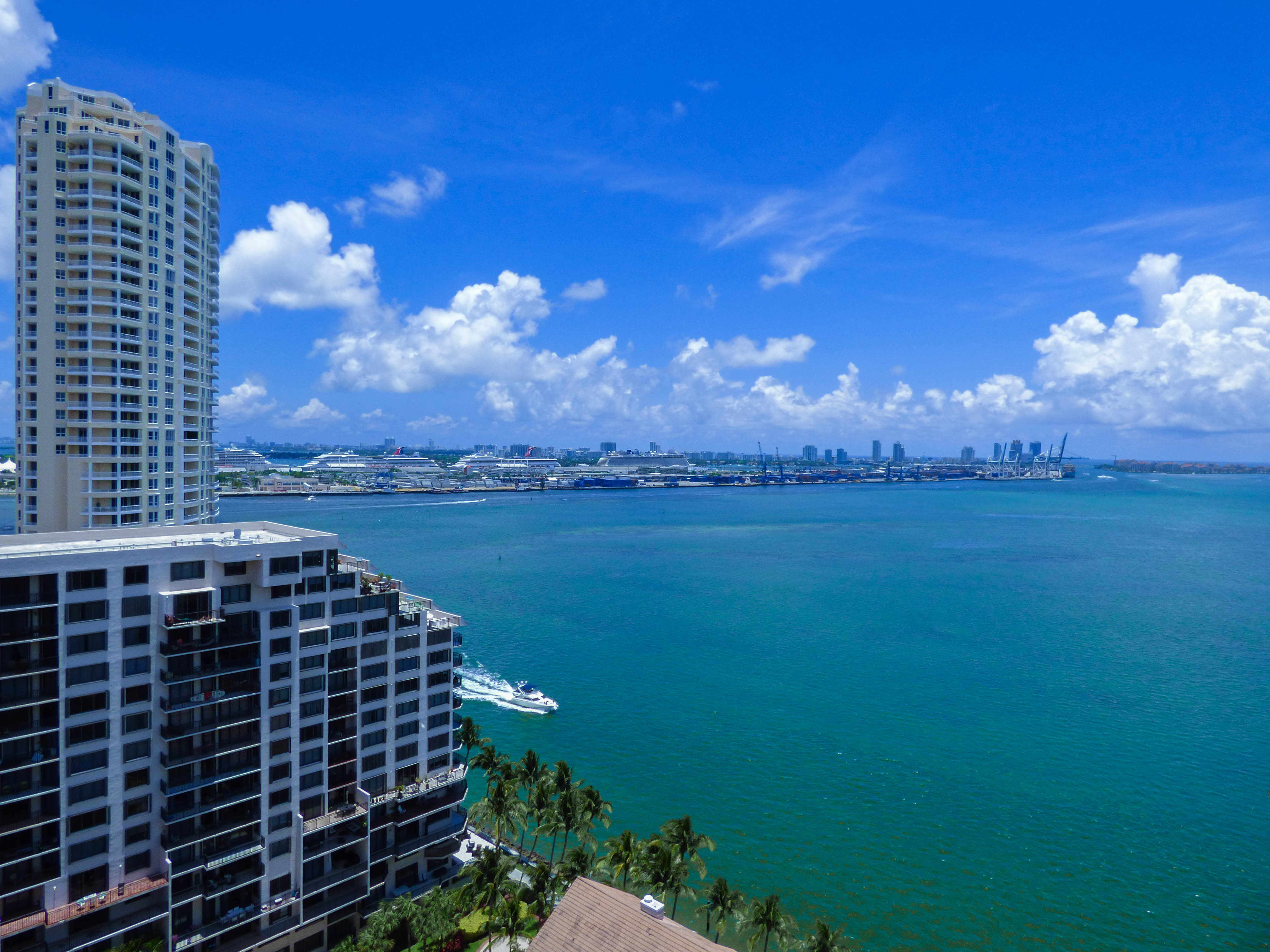 Condominium for Sale at 520 Brickell Key Dr #Aph02 520 Brickell Key Dr APH02 Miami, Florida, 33131 United States