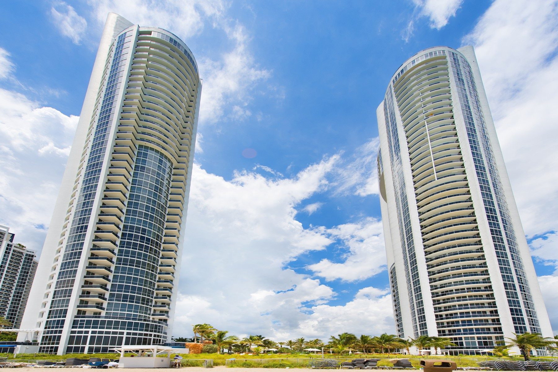 sales property at 18201 Collins Ave #Ph5501