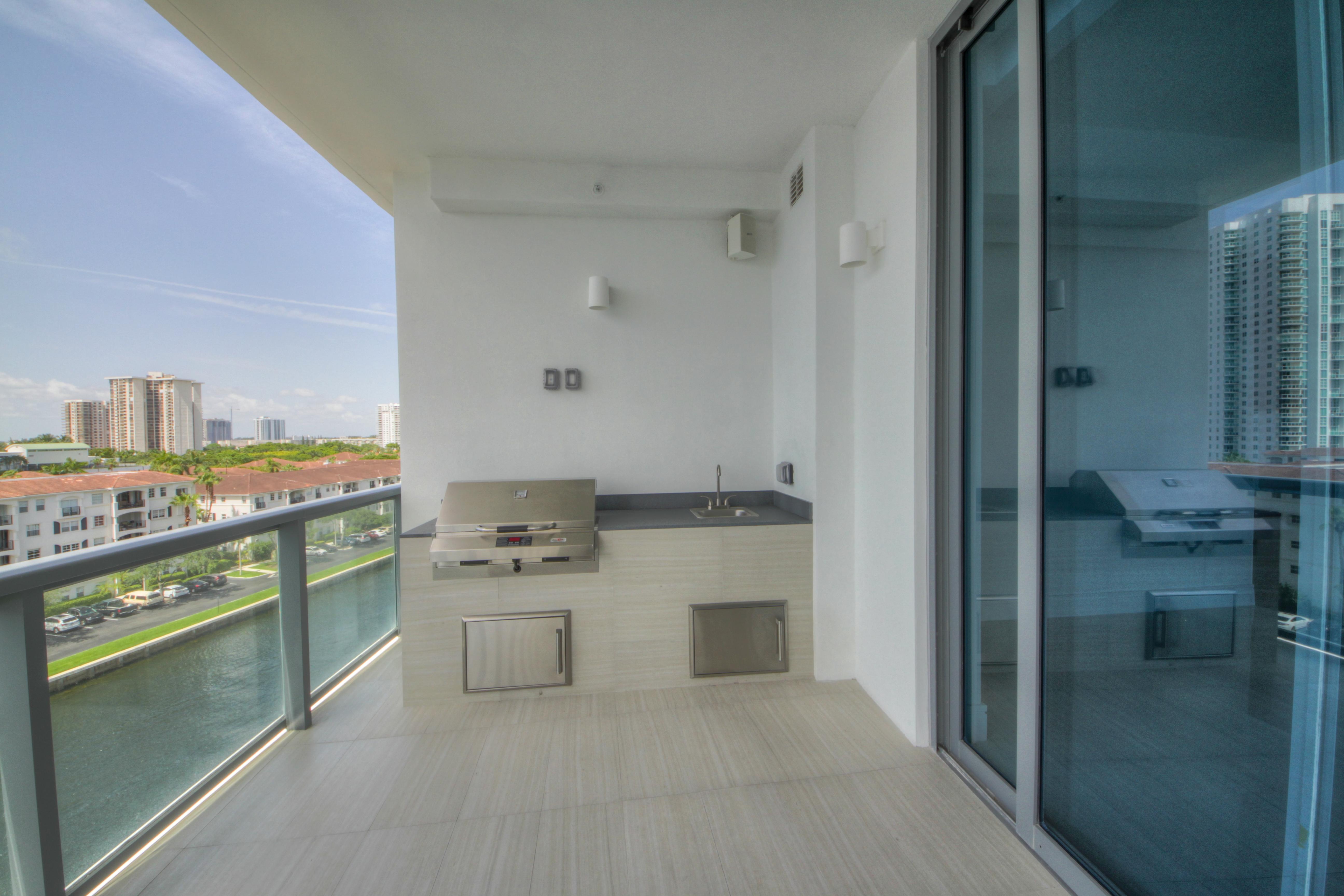 Apartment for Sale at 3300 Ne 188th St #612 3300 Ne 188th St 612 Miami, Florida, 33180 United States