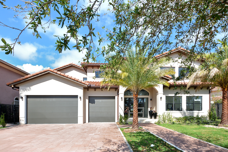 Maison unifamiliale pour l Vente à 2531 Ne 48 St Lighthouse Point, Florida, 33064 États-Unis