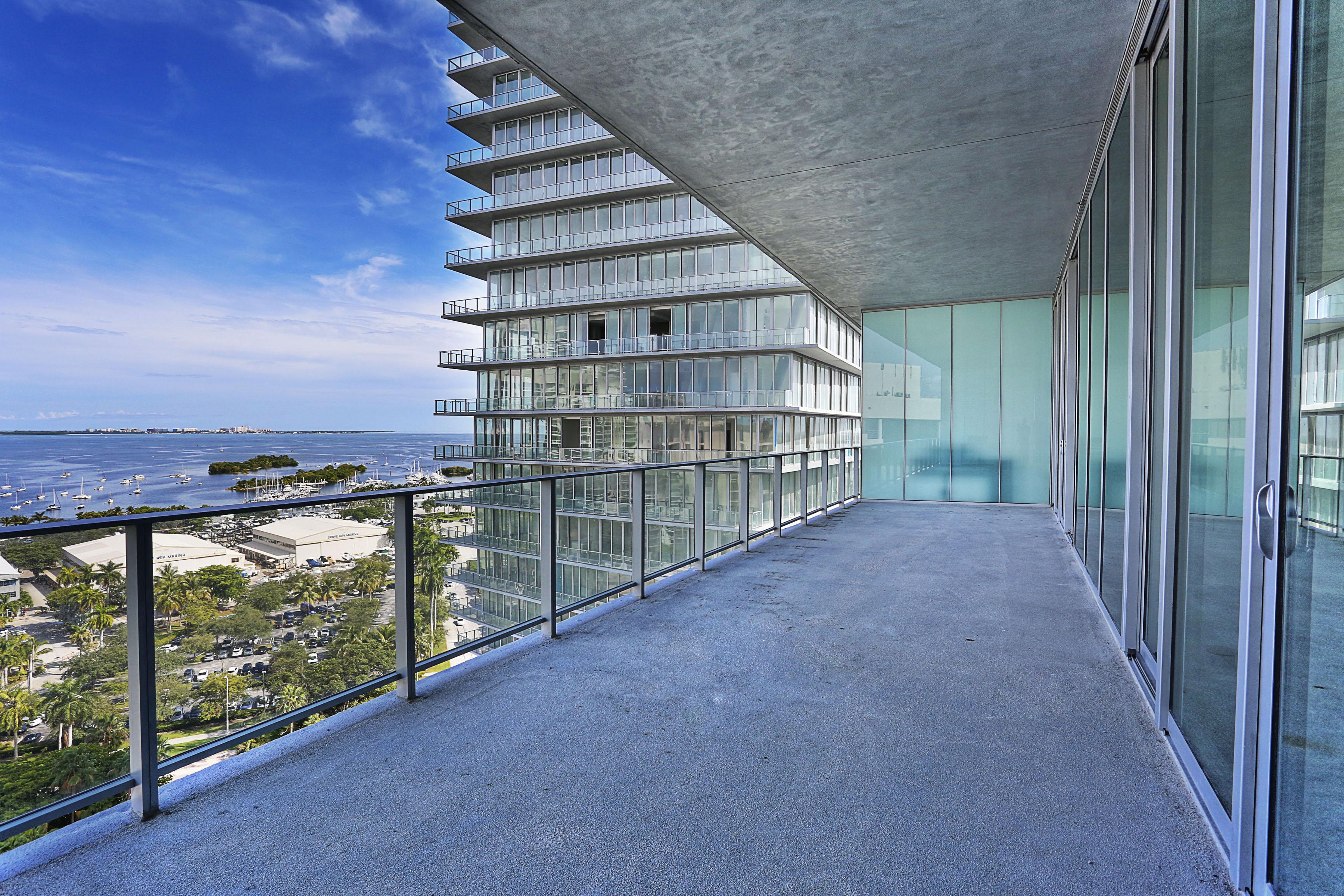 Condomínio para Venda às 2669 S Bayshore Drive #1402-N 2669 S Bayshore Drive 1402-N Miami, Florida, 33133 Estados Unidos