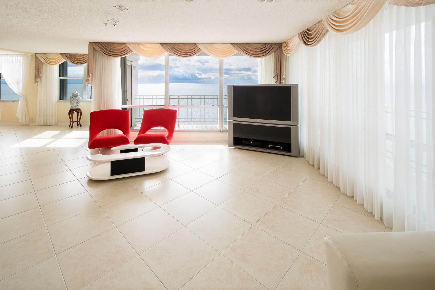 Condominio per Vendita alle ore 2751 S Ocean Dr #1205S 2751 S Ocean Dr 1205S Hollywood, Florida, 33019 Stati Uniti