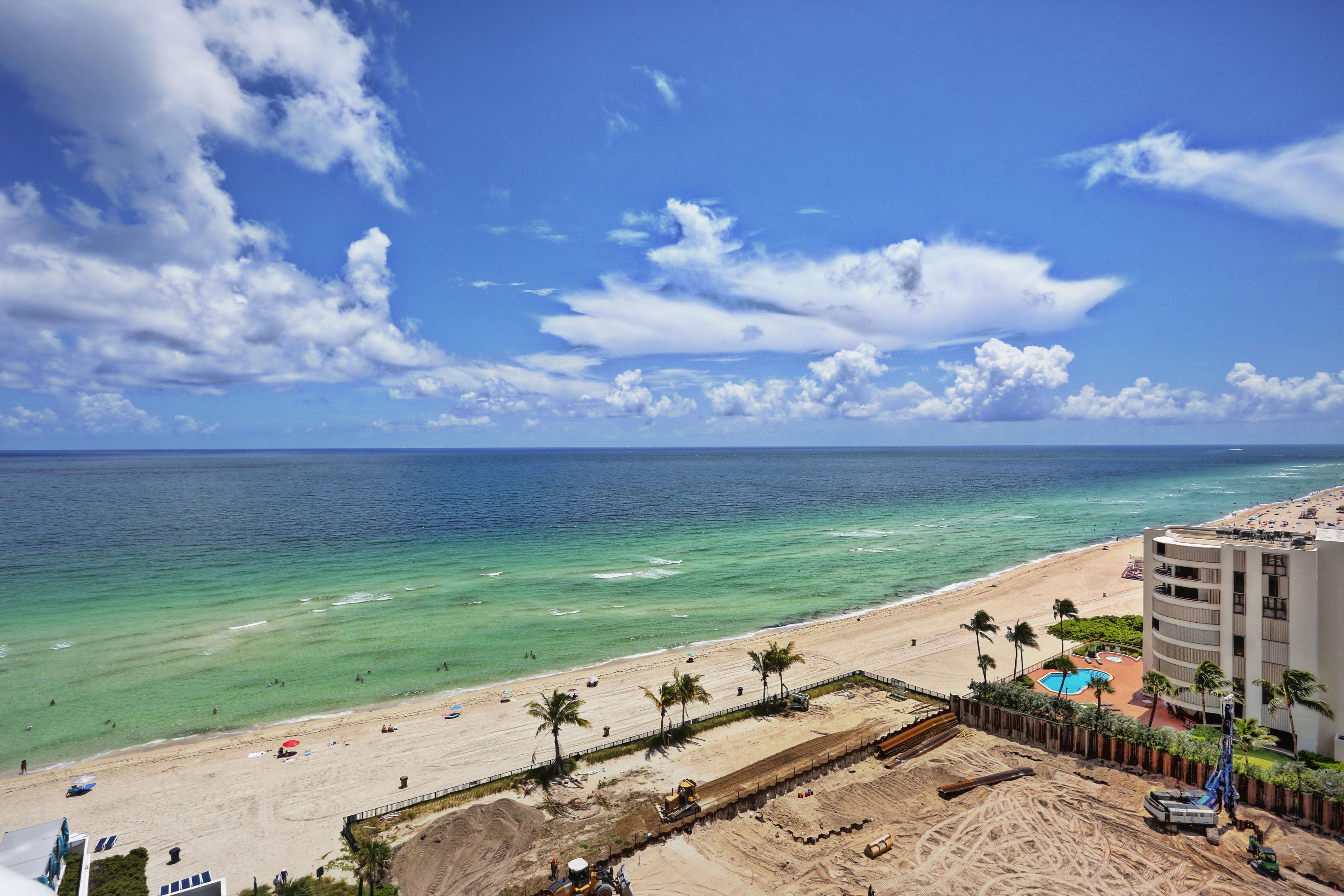 Copropriété pour l Vente à 15811 Collins Ave #1106 15811 Collins Ave 1106 Sunny Isles Beach, Florida, 33160 États-Unis