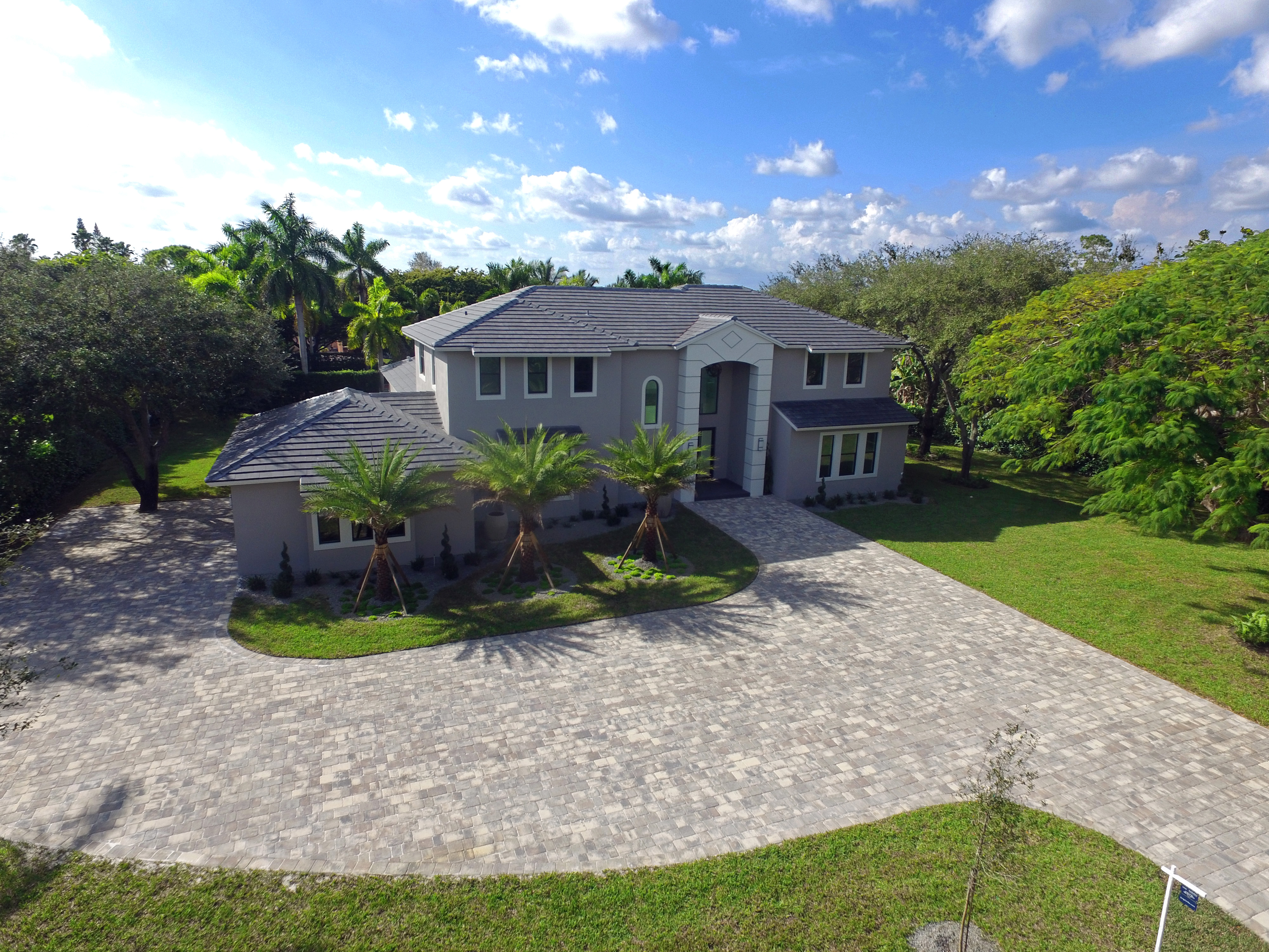 open-houses property at 9500 Sw 94 Ct