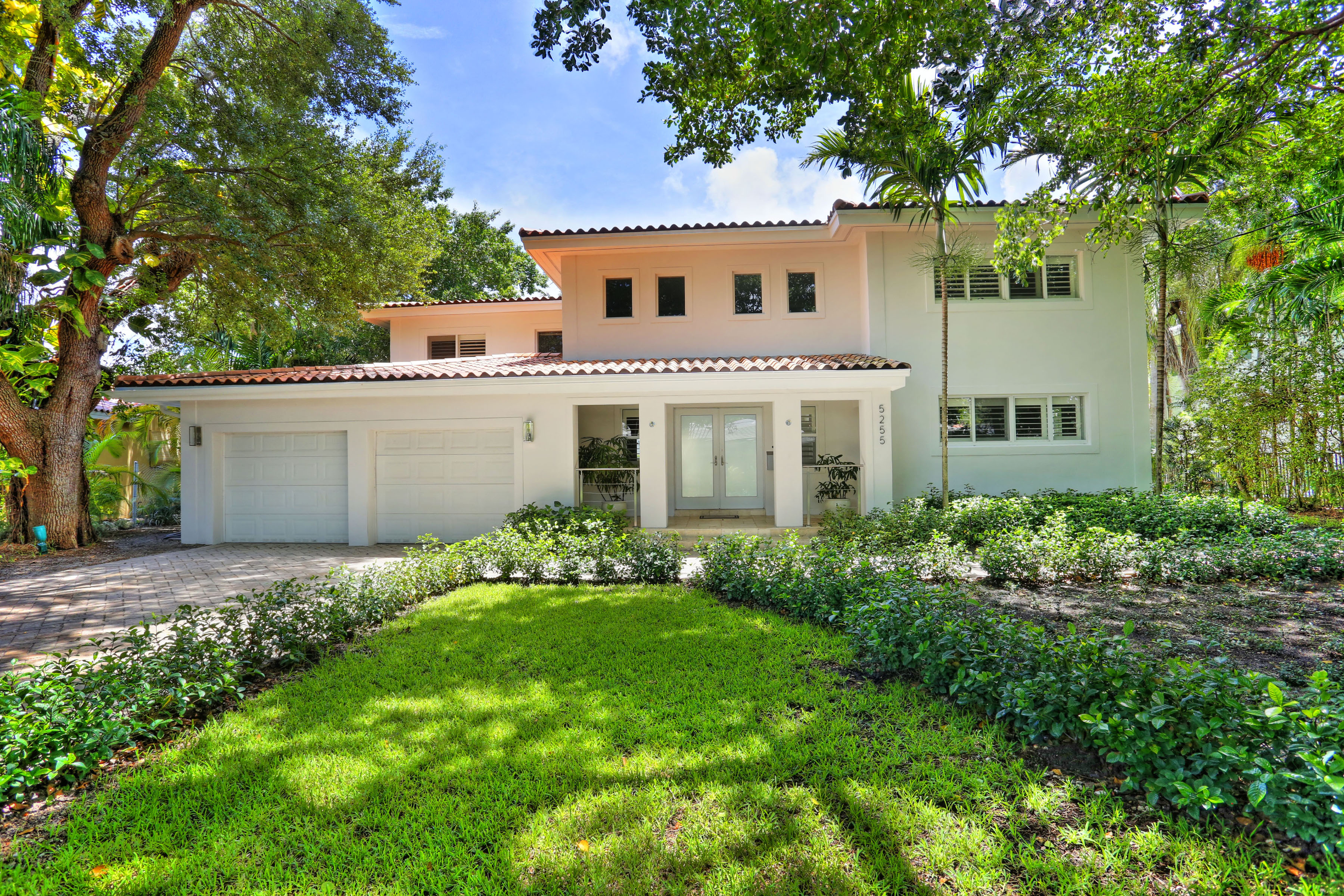 open-houses property at 5255 Orduna Dr