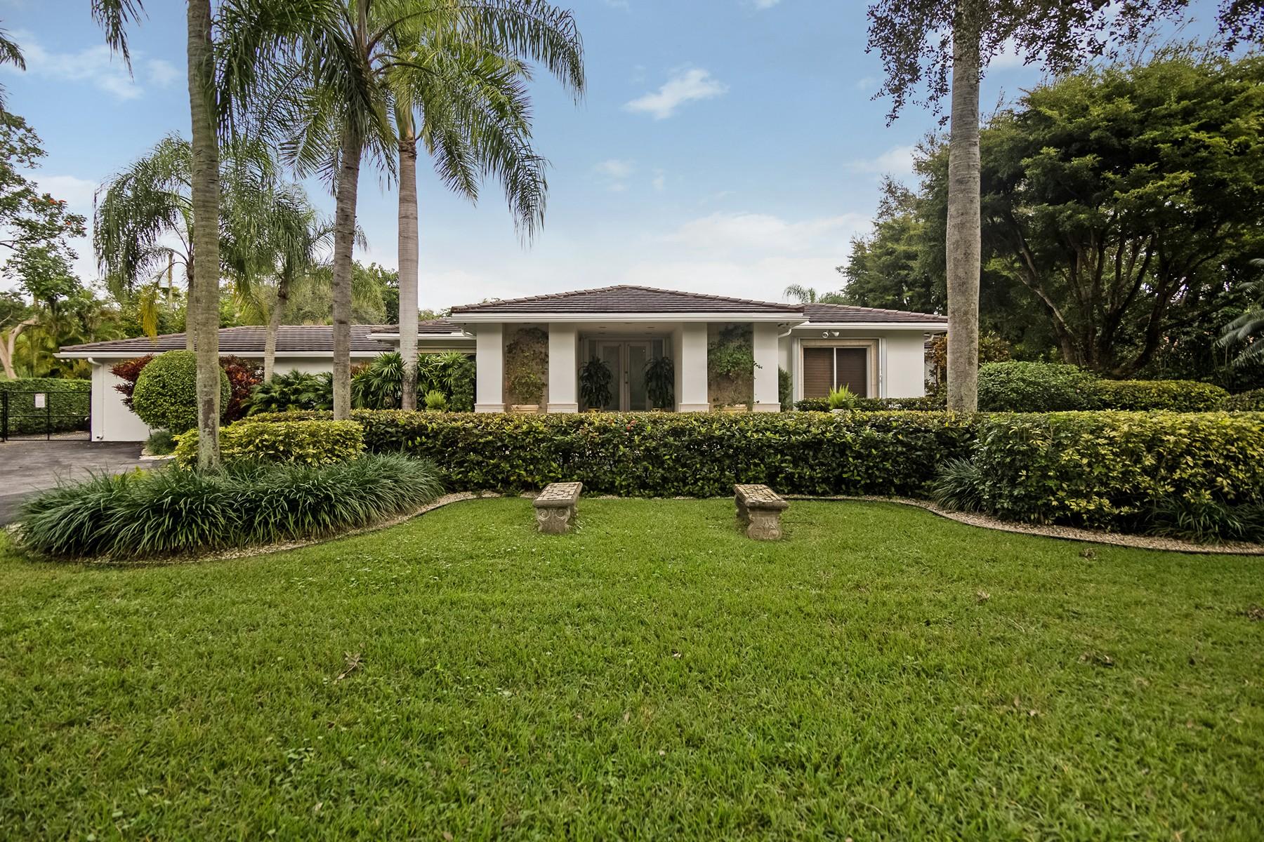 独户住宅 为 销售 在 6505 SW 92 St 6505 Sw 92nd St 派恩克雷斯特, 佛罗里达州, 33156 美国