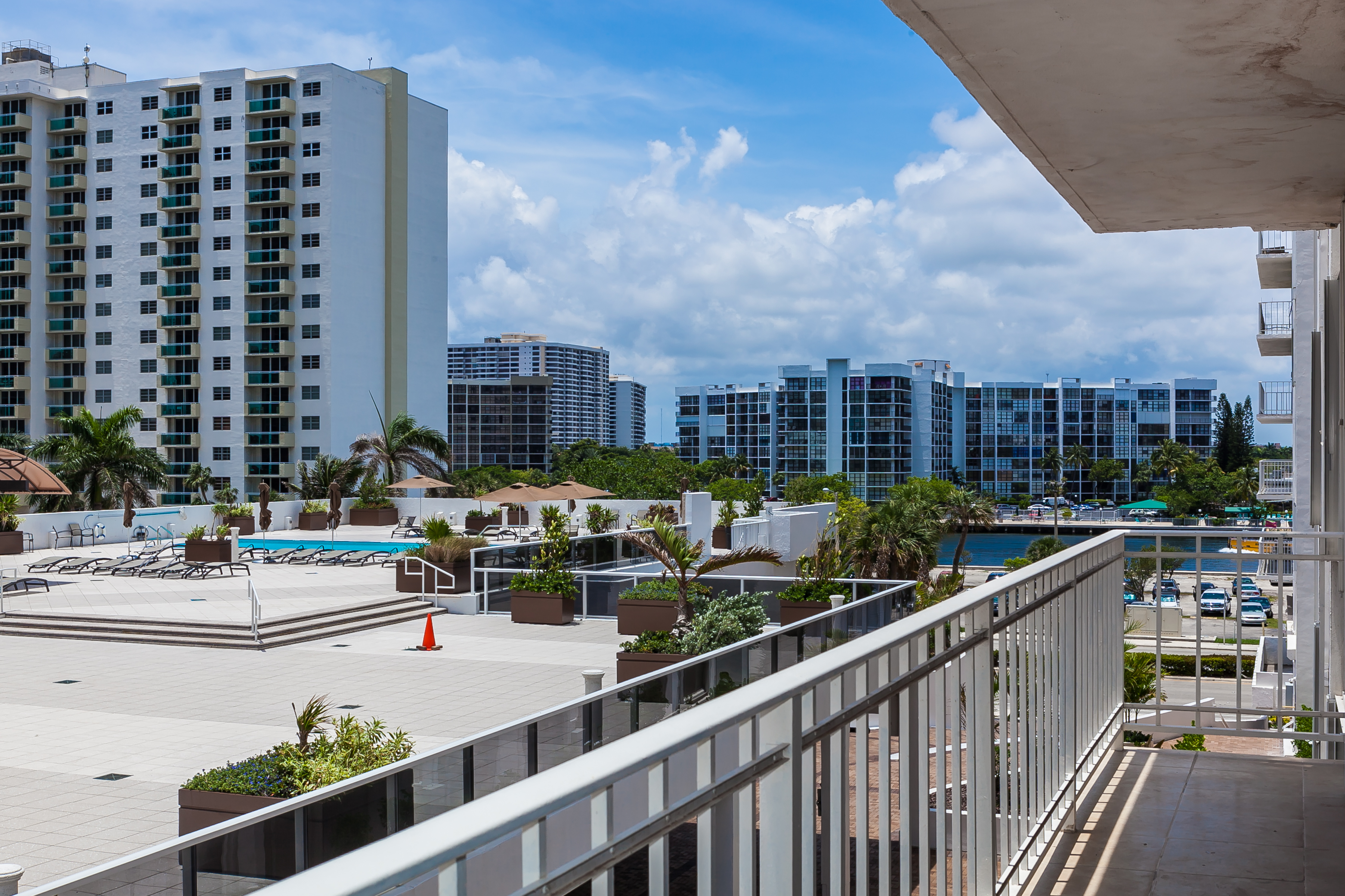 sales property at 2751 S Ocean Dr #405N