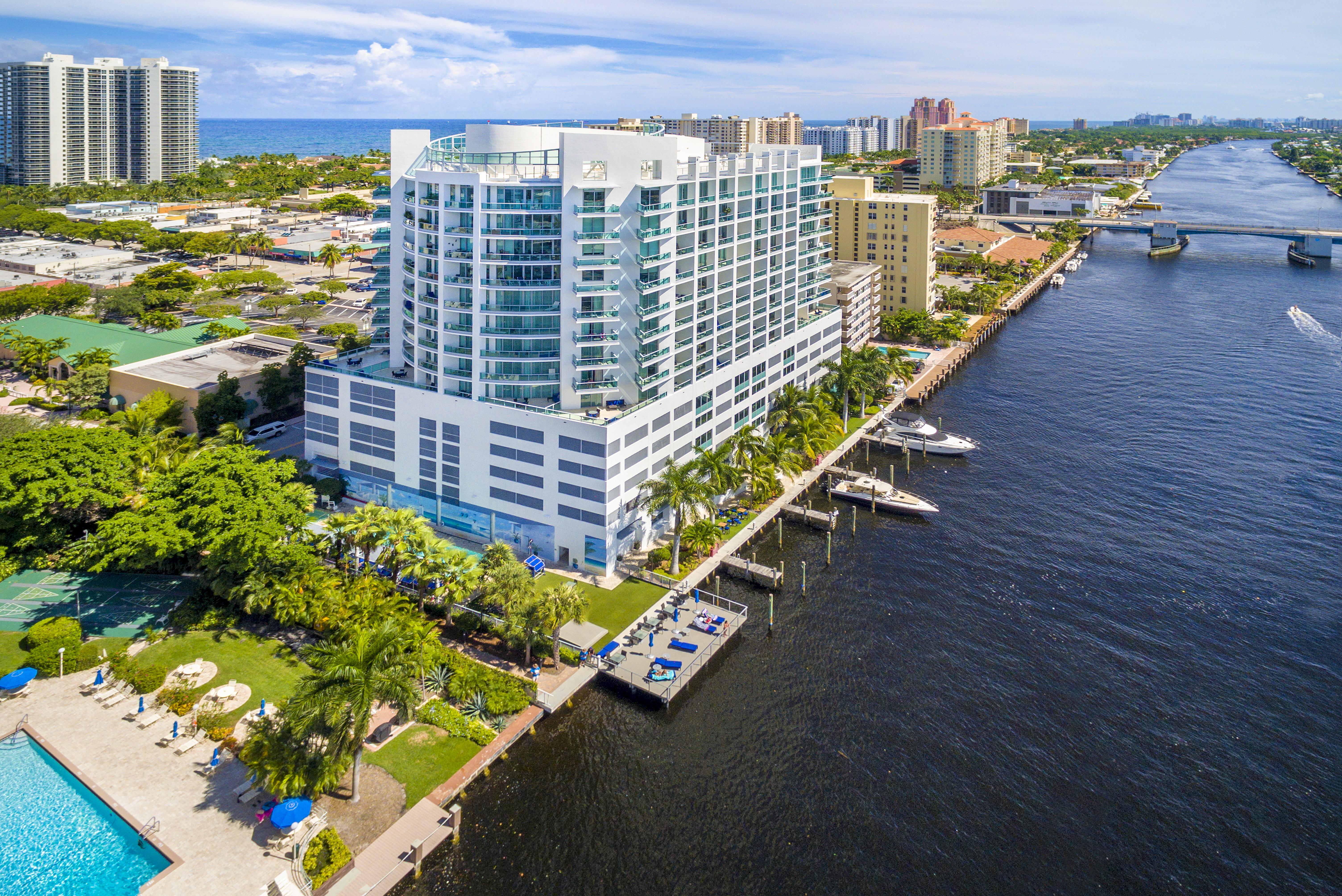 Appartement pour l Vente à 3333 Ne 32nd Ave #1502 3333 Ne 32nd Ave 1502 Fort Lauderdale, Florida, 33308 États-Unis