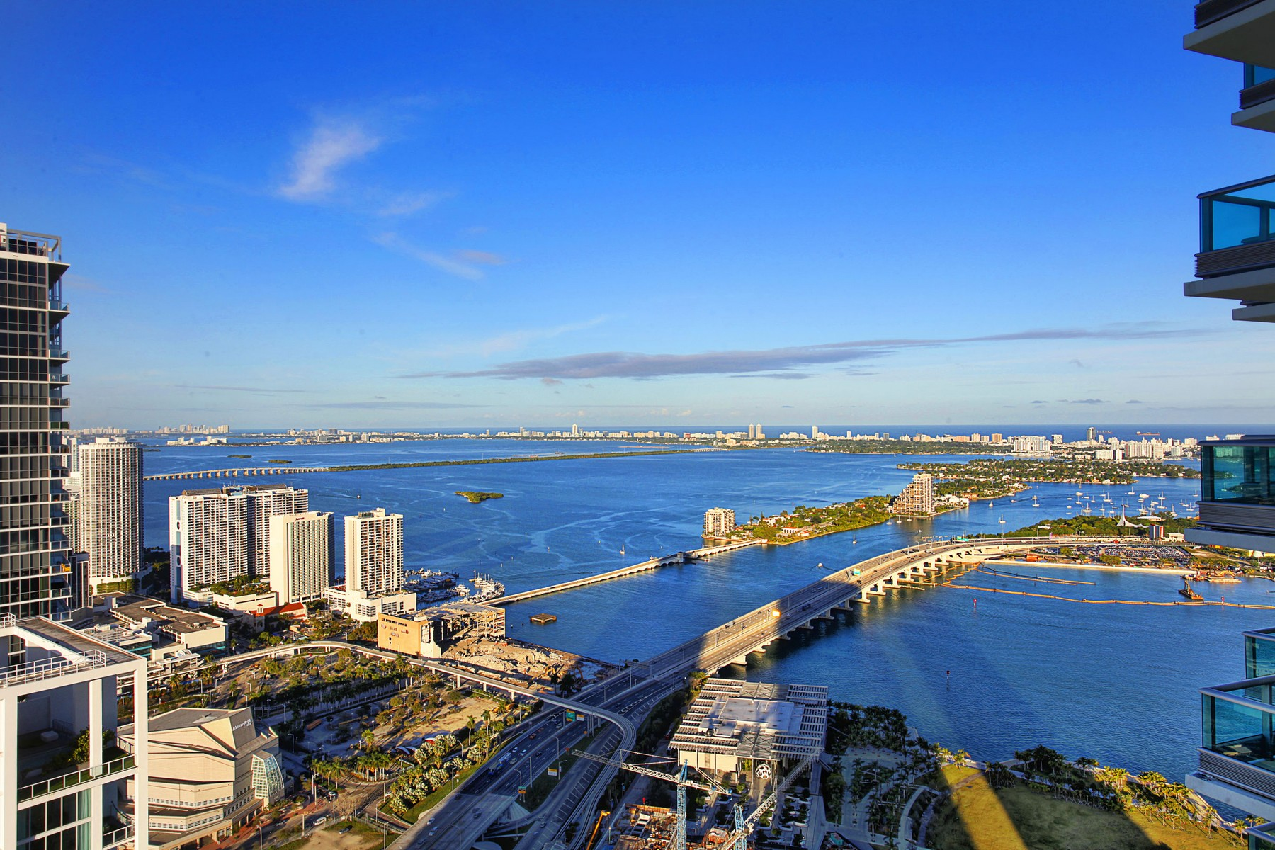 rentals property at 900 Biscayne Blvd #6109