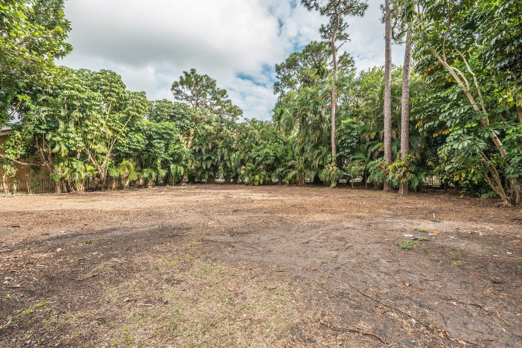 Land for Sale at 3901 Alhambra Cir Coral Gables, Florida, 33134 United States
