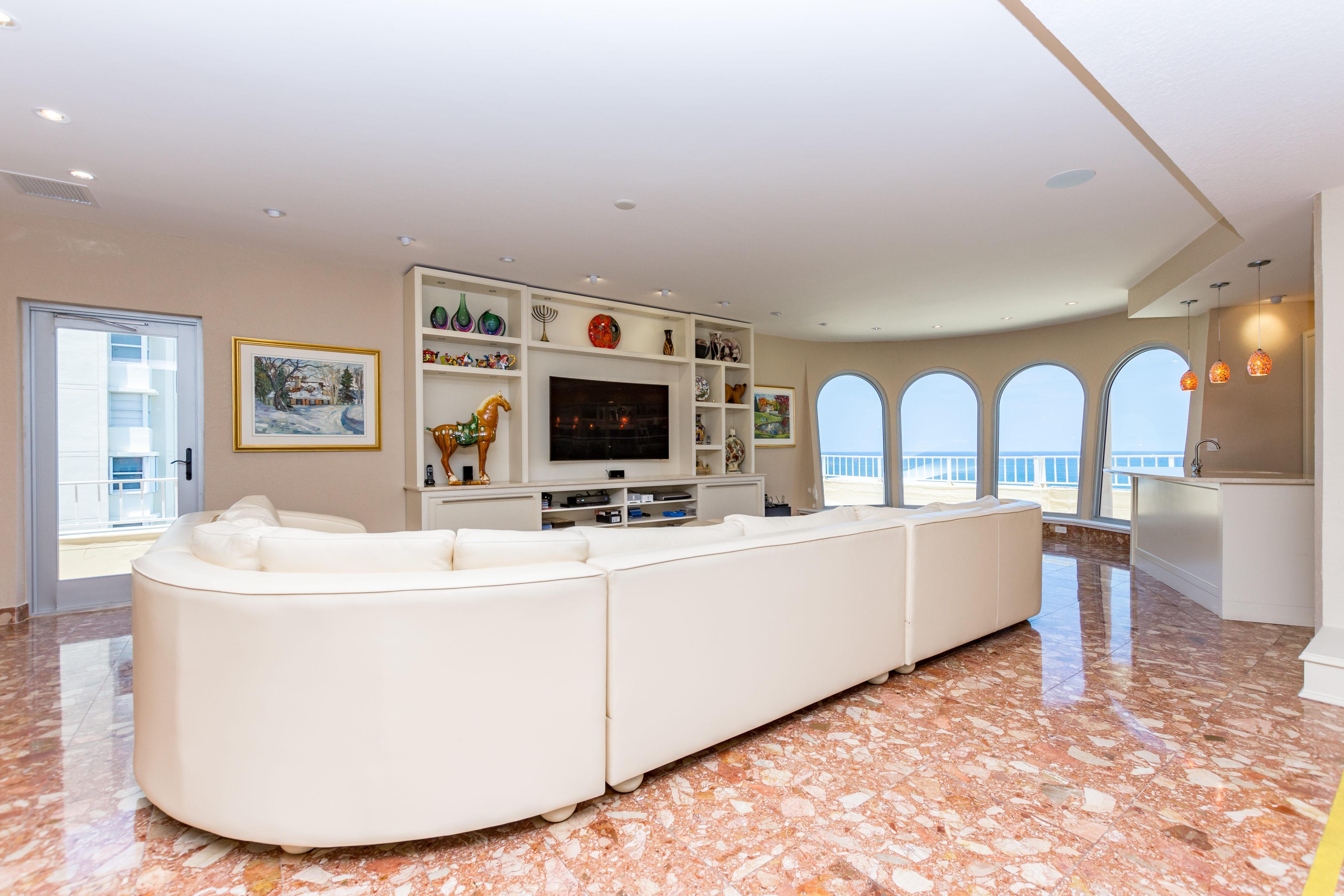 Condominium for Sale at 1912 S Ocean Dr #Ph1 1912 S Ocean Dr PH1 Hallandale, Florida, 33009 United States