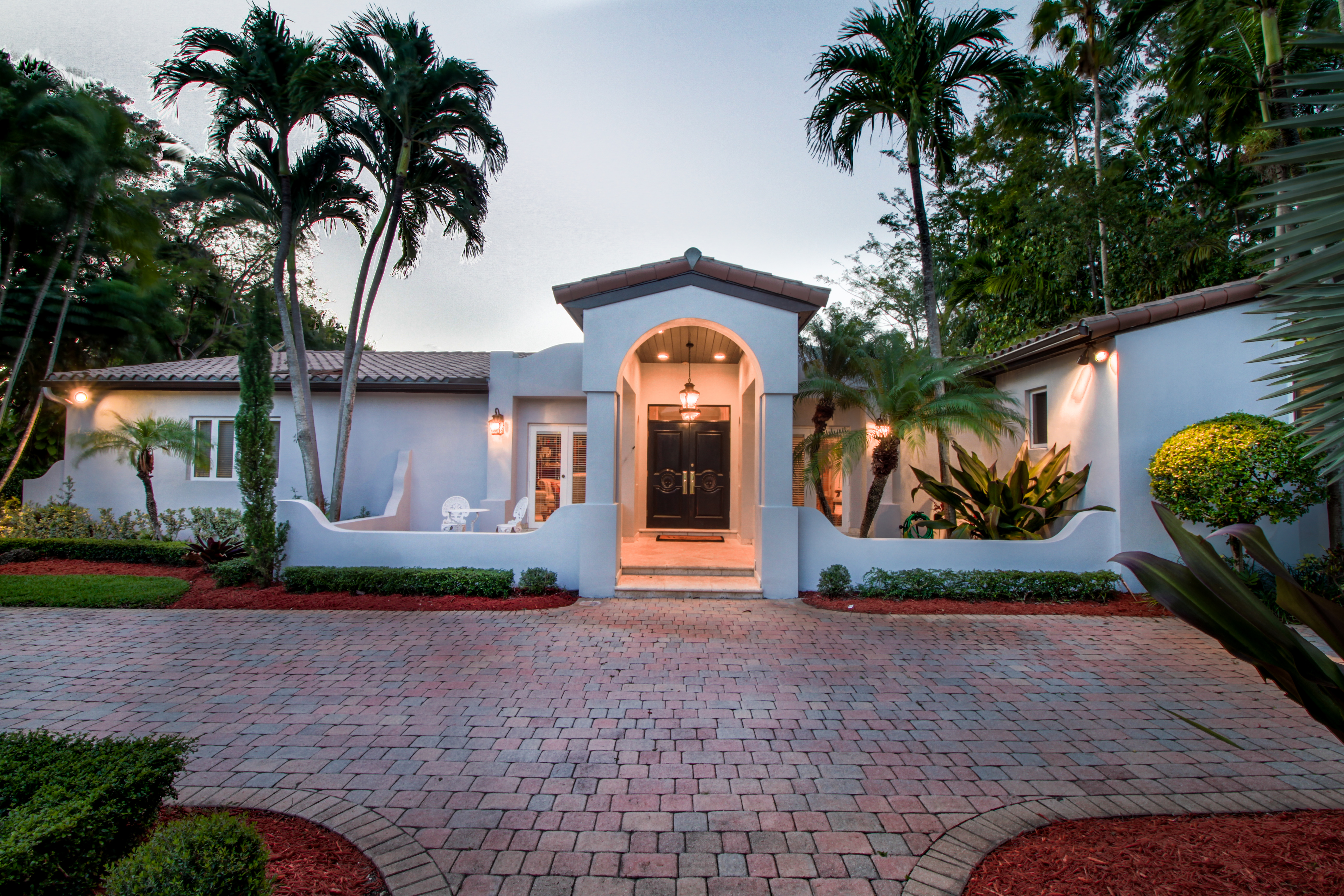 Single Family Home for Sale at 1551 Salvatierra Dr Coral Gables, Florida, 33134 United States