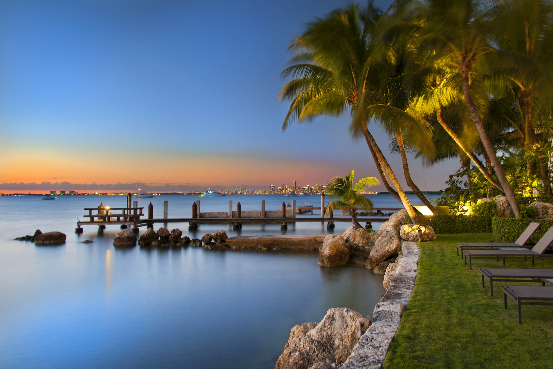 Single Family Home for Sale at 9 Harbor Point 9Harbor Point Key Biscayne, Florida, 33149 United States
