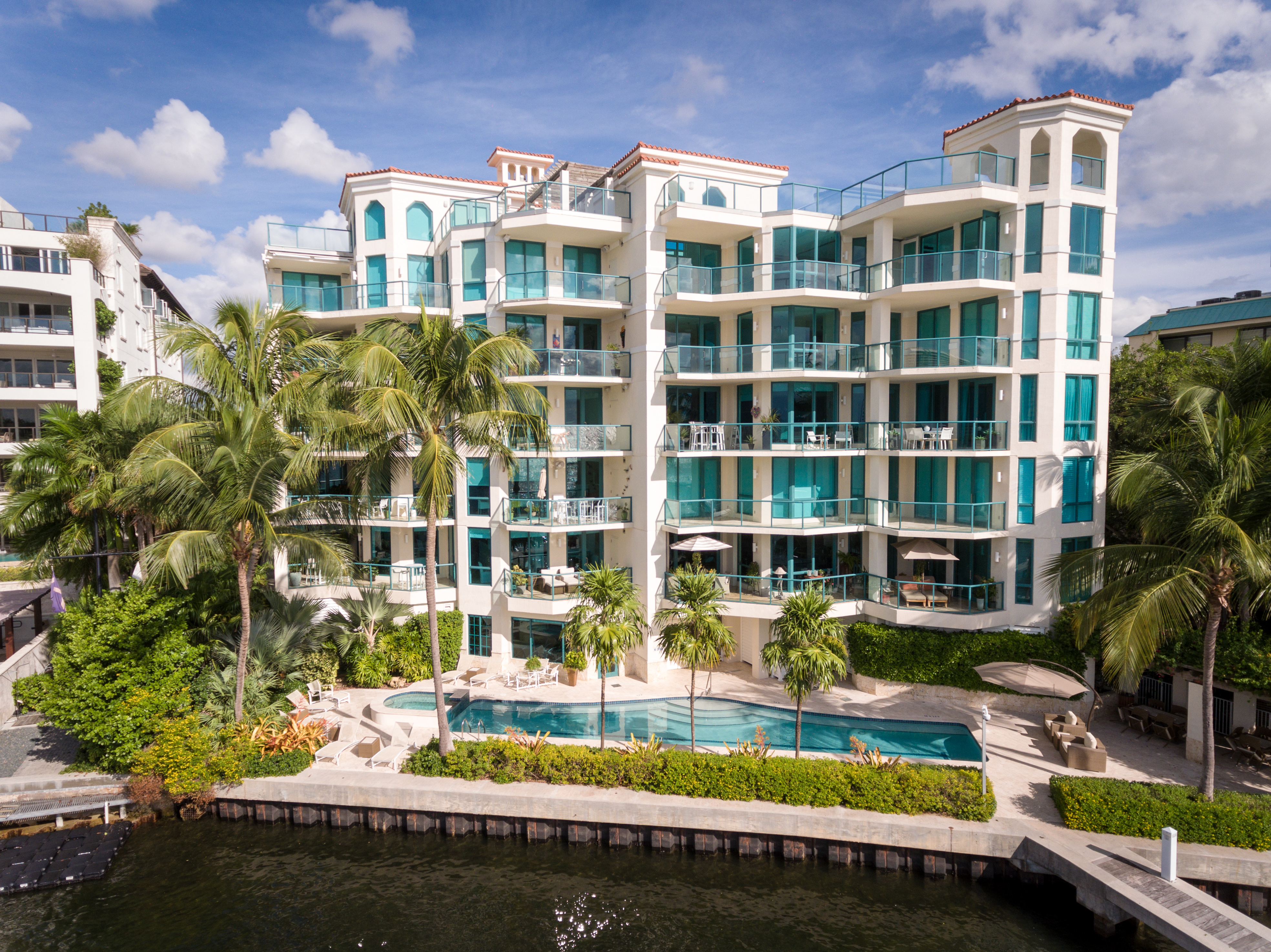 Condominium for Sale at 1660 S Bayshore Ct #101 1660 S Bayshore Ct 101 Coconut Grove, Florida, 33133 United States